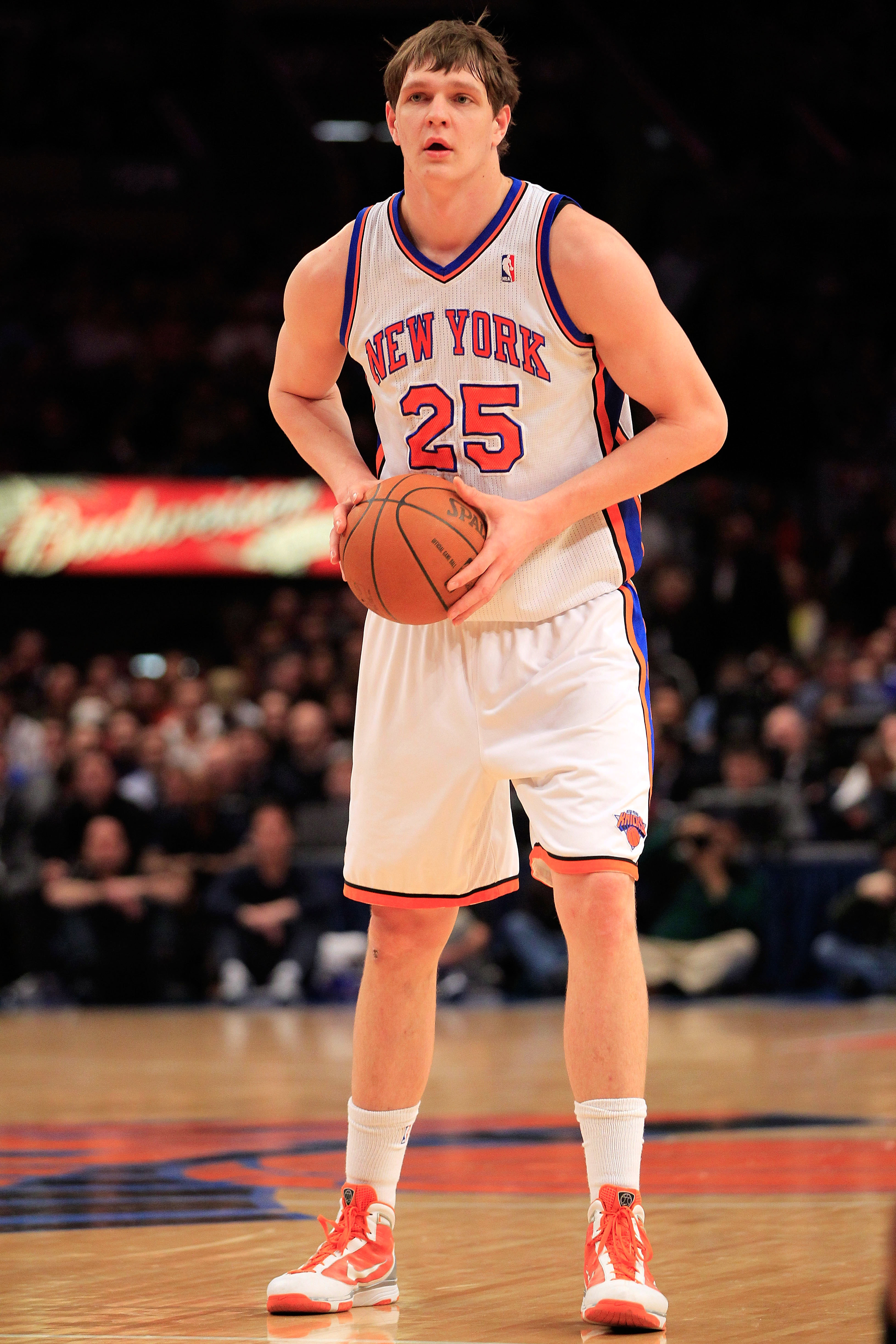 NEW YORK, NY - FEBRUARY 09:  Timofey Mozgov #25 of the New York Knicks handles the ball against the Los Angeles Clippers at Madison Square Garden on February 9, 2011 in New York City. NOTE TO USER: User expressly acknowledges and agrees that, by downloadi