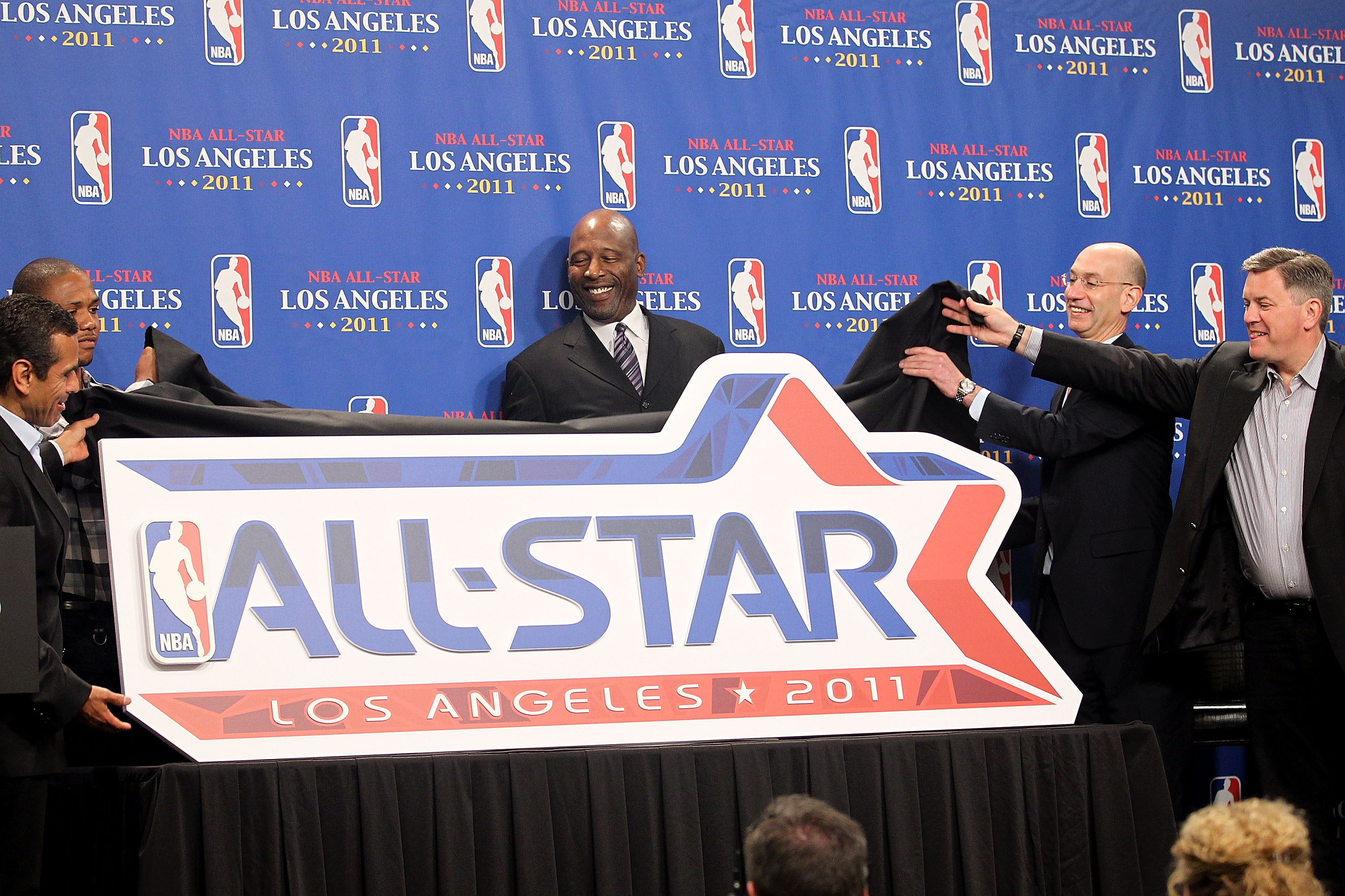 LOS ANGELES, CA - JUNE 06:  The 2011 NBA All-Star logo is unveiled by Los Angeles Mayor Antonio Villaraigosa, Eric Gordon of the Los Angeles Clippers NBA legend James Worthy, NBA deputy commissioner Adam Silver and AEG CEO Tim Leiweke before Game Two of t