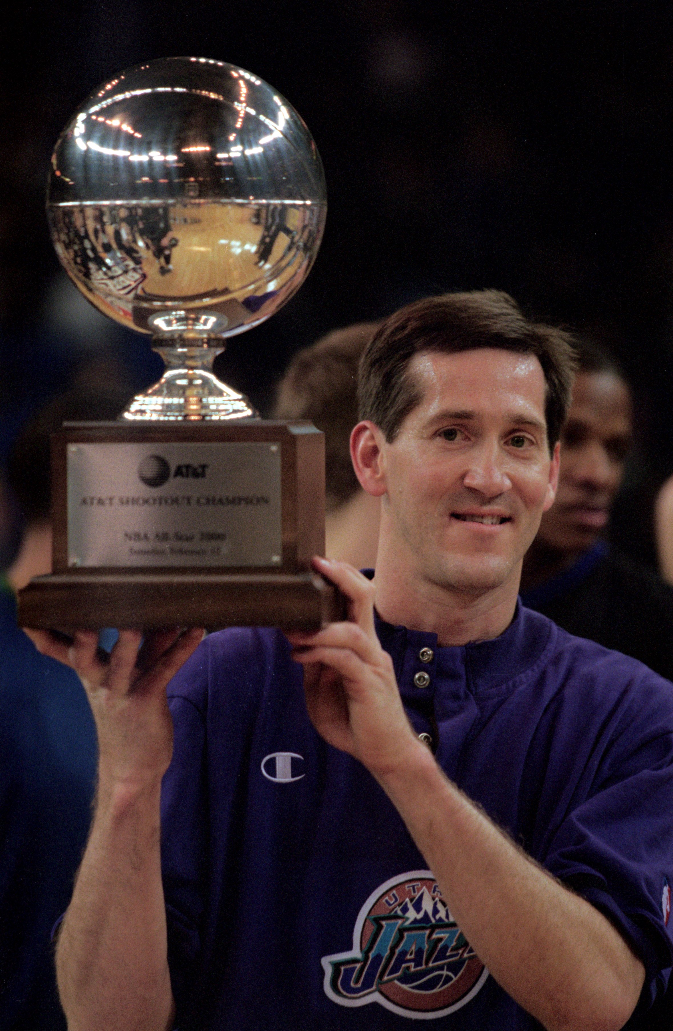 12 Feb 2000: Jeff Hornacek of the Utah Jazz holds up the trophy after winning the NBA Allstar Game AT&T Shootout Contest at the Oakland Coliseum in Oakland, California.   Mandatory Credit: Jed Jacobsohn  /Allsport