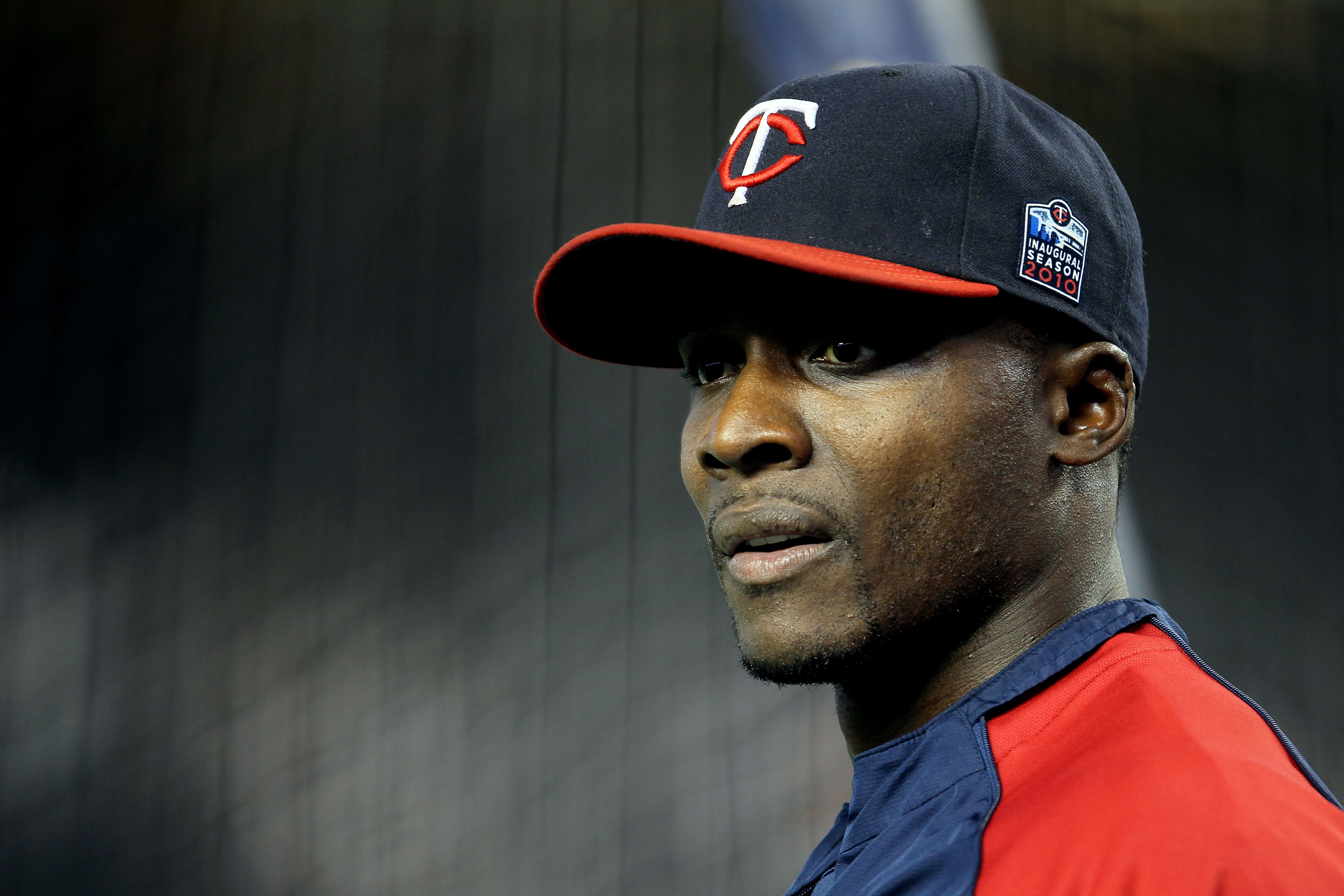 NEW YORK - OCTOBER 09:  Orlando Hudson #1 of the Minnesota Twins looks on during batting practice against the New York Yankees  during Game Three of the ALDS part of the 2010 MLB Playoffs at Yankee Stadium on October 9, 2010 in the Bronx borough of New Yo