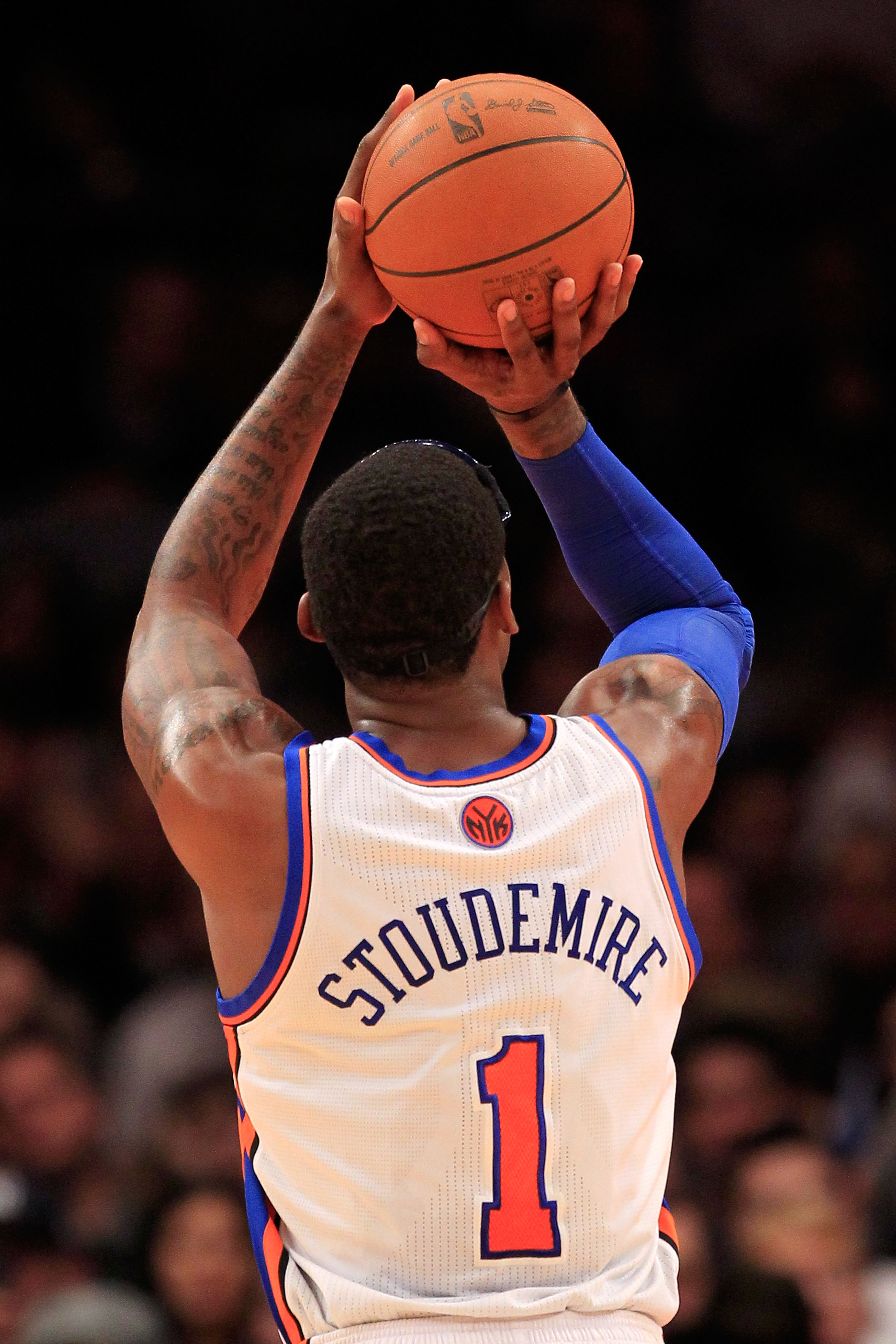NEW YORK, NY - FEBRUARY 09: Amar'e Stoudemire #1 of the New York Knicks shoots a free throw against the Los Angeles Clippers at Madison Square Garden on February 9, 2011 in New York City. NOTE TO USER: User expressly acknowledges and agrees that, by downl