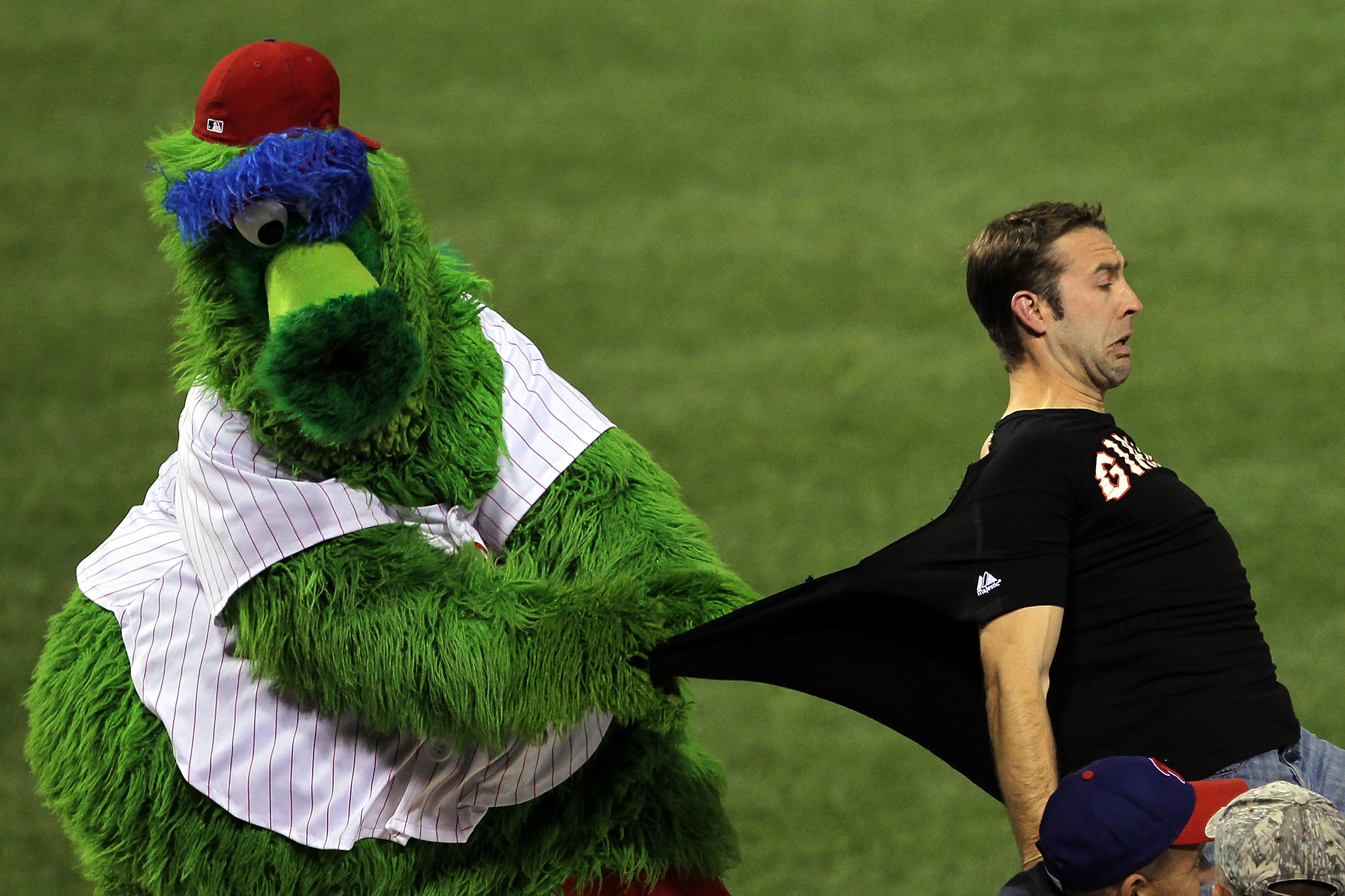 PHILADELPHIA - OCTOBER 16:  The Phillie Phanatic performs during Game One of the NLCS during the 2010 MLB Playoffs between the Philadelphia Phillies and the San Francisco Giants at Citizens Bank Park on October 16, 2010 in Philadelphia, Pennsylvania.  (Ph
