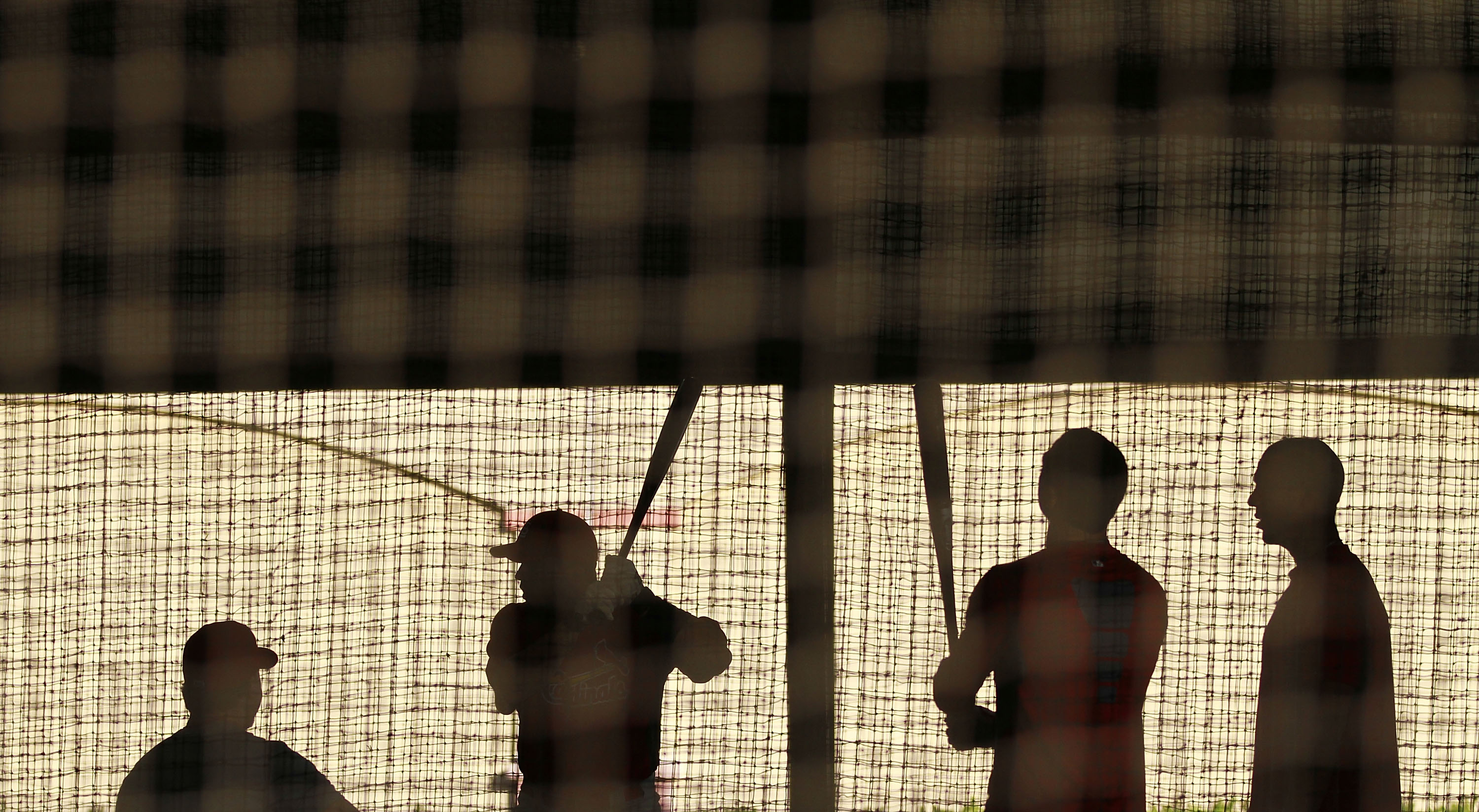 JUPITER, FL - FEBRUARY 16:  St. Louis Cardinals players take batting practice at Roger Dean Stadium on February 16, 2011 in Jupiter, Florida.  (Photo by Marc Serota/Getty Images)