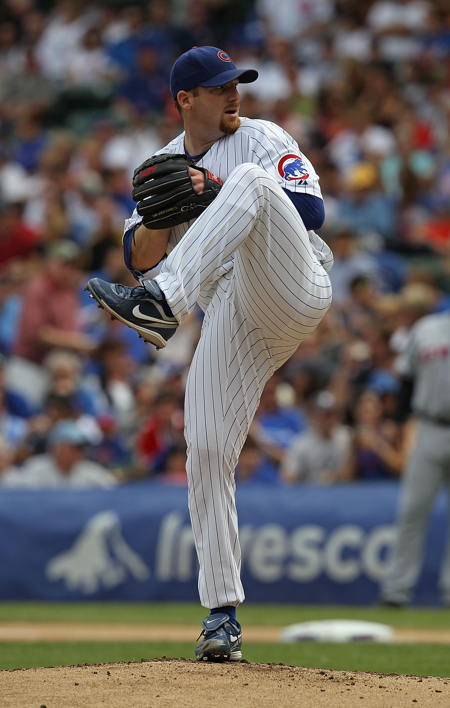 CHICAGO - SEPTEMBER 05: Starting pitcher Ryan Dempster #46 of the Chicago Cubs delivers the ball against the New York Mets at Wrigley Field on September 5, 2010 in Chicago, Illinois. The Mets defeated the Cubs 18-5. (Photo by Jonathan Daniel/Getty Images)