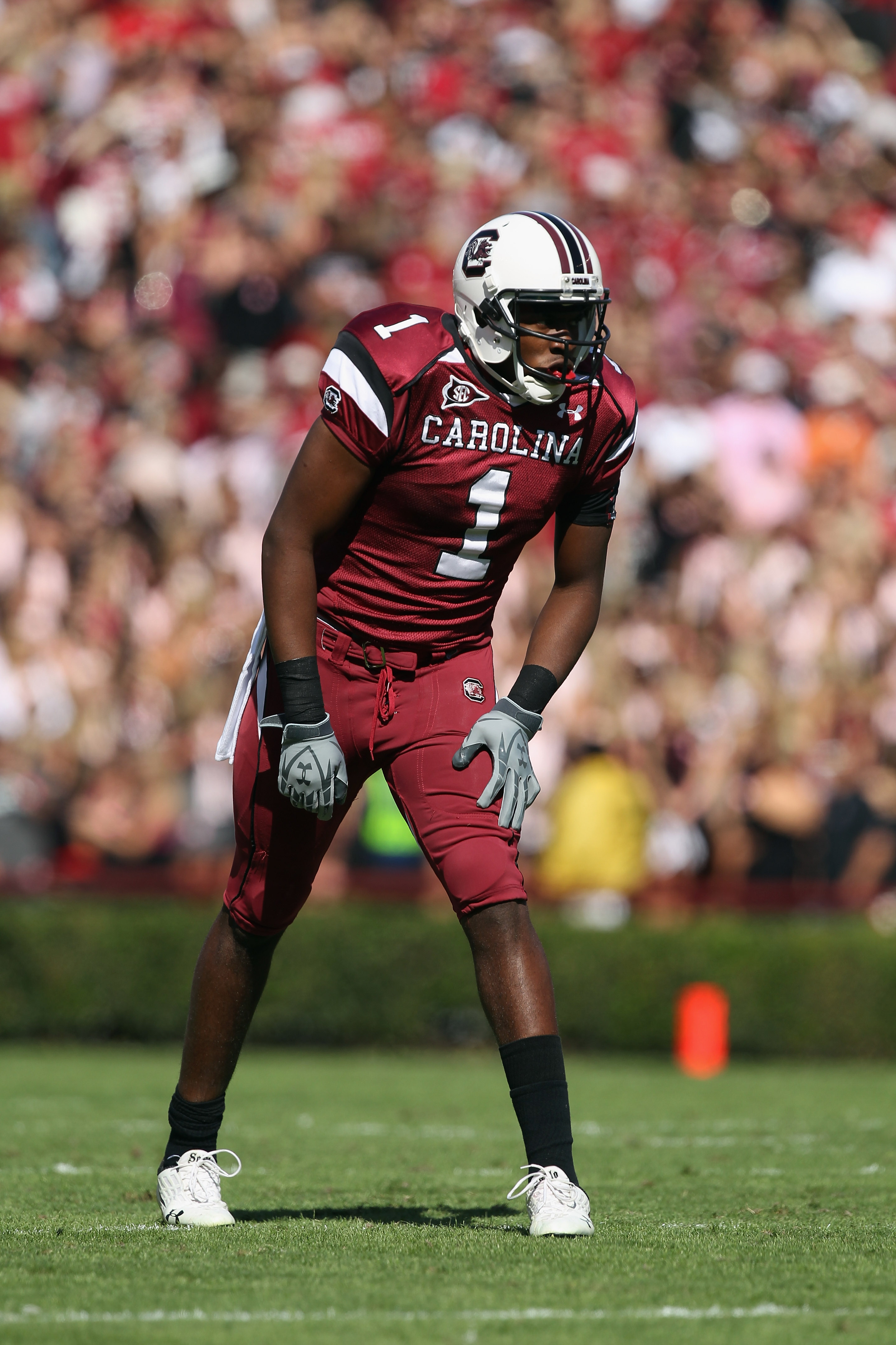 COLUMBIA, SC - OCTOBER 30:  Alshon Jeffery #1 of the South Carolina Gamecocks against the Tennessee Volunteers during their game at Williams-Brice Stadium on October 30, 2010 in Columbia, South Carolina.  (Photo by Streeter Lecka/Getty Images)