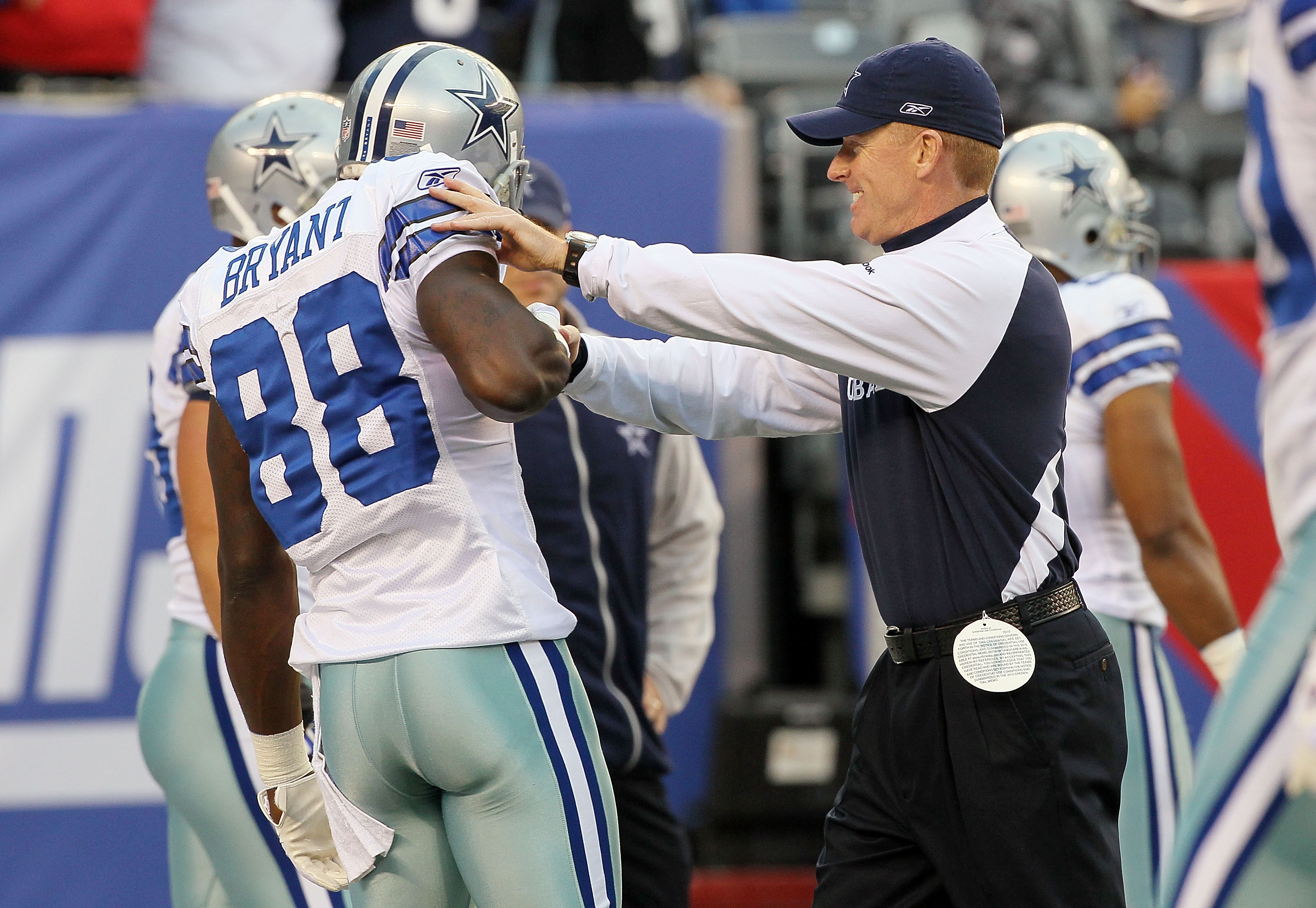 Cowboys Demarcus Lawrence On Snubbing Kid In Giants Jersey
