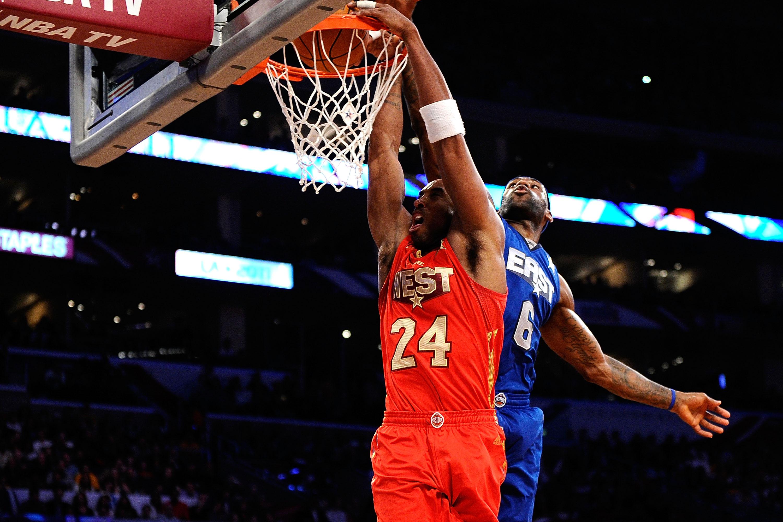 曼巴時刻!Kobe 3次隔扣巨星,詹姆斯吃癟,姚明當背景,大本遭騎扣最慘!