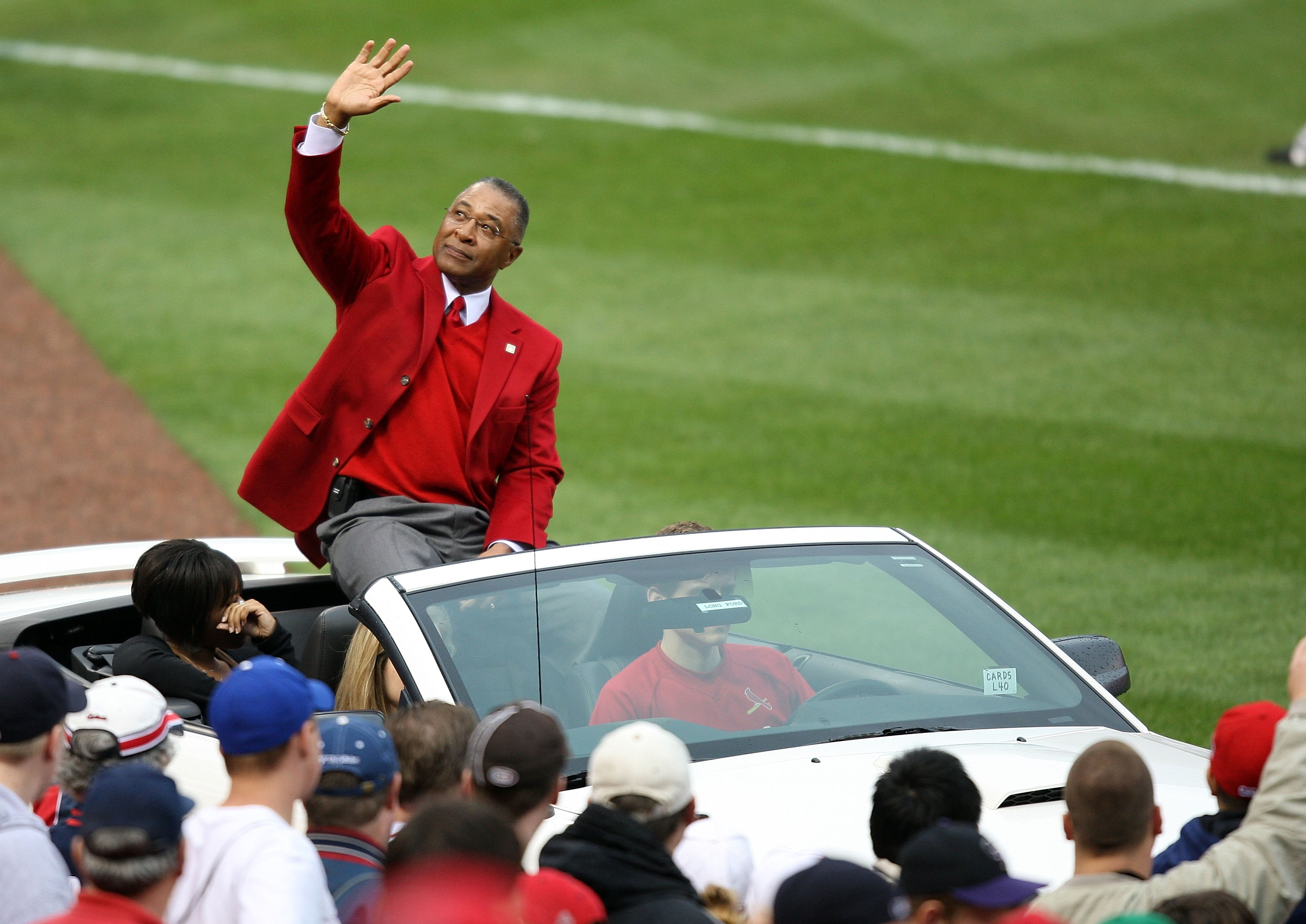 ST. LOUIS - MARCH 31:  Former St. Louis Cardinals shortstop Ozzie Smith waves to fans during the opening ceremony before the Cardinals were to take on the Colorado Rockies on opening day at Busch Stadium March 31, 2008 in St. Louis, Missouri.  (Photo by E