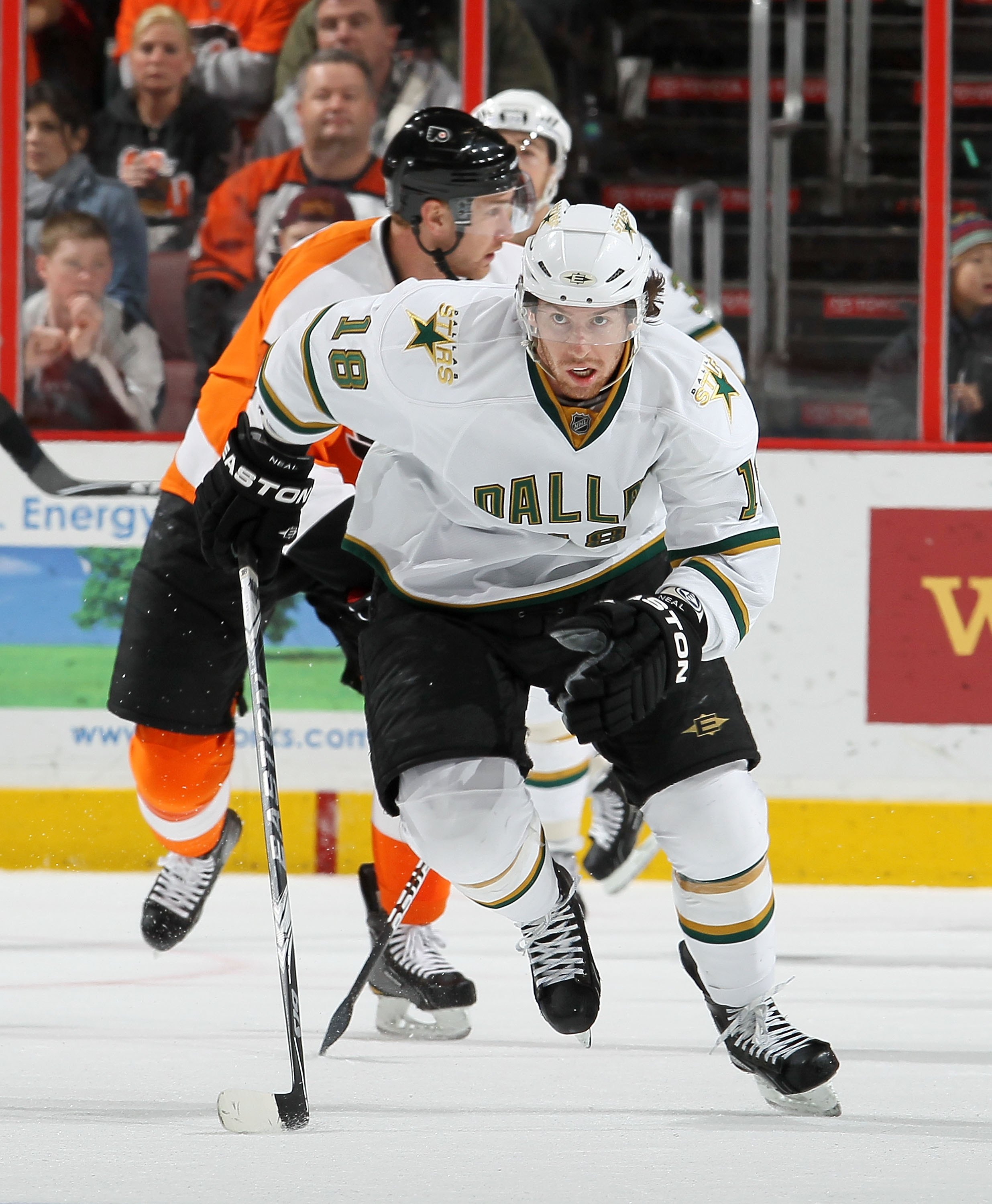 PHILADELPHIA, PA - FEBRUARY 05:  James Neal #18 of the Dallas Stars skates against the Philadelphia Flyers on February 5, 2011 at Wells Fargo Center in Philadelphia, Pennsylvania. The Flyers defeated the Stars 3-1.  (Photo by Jim McIsaac/Getty Images)