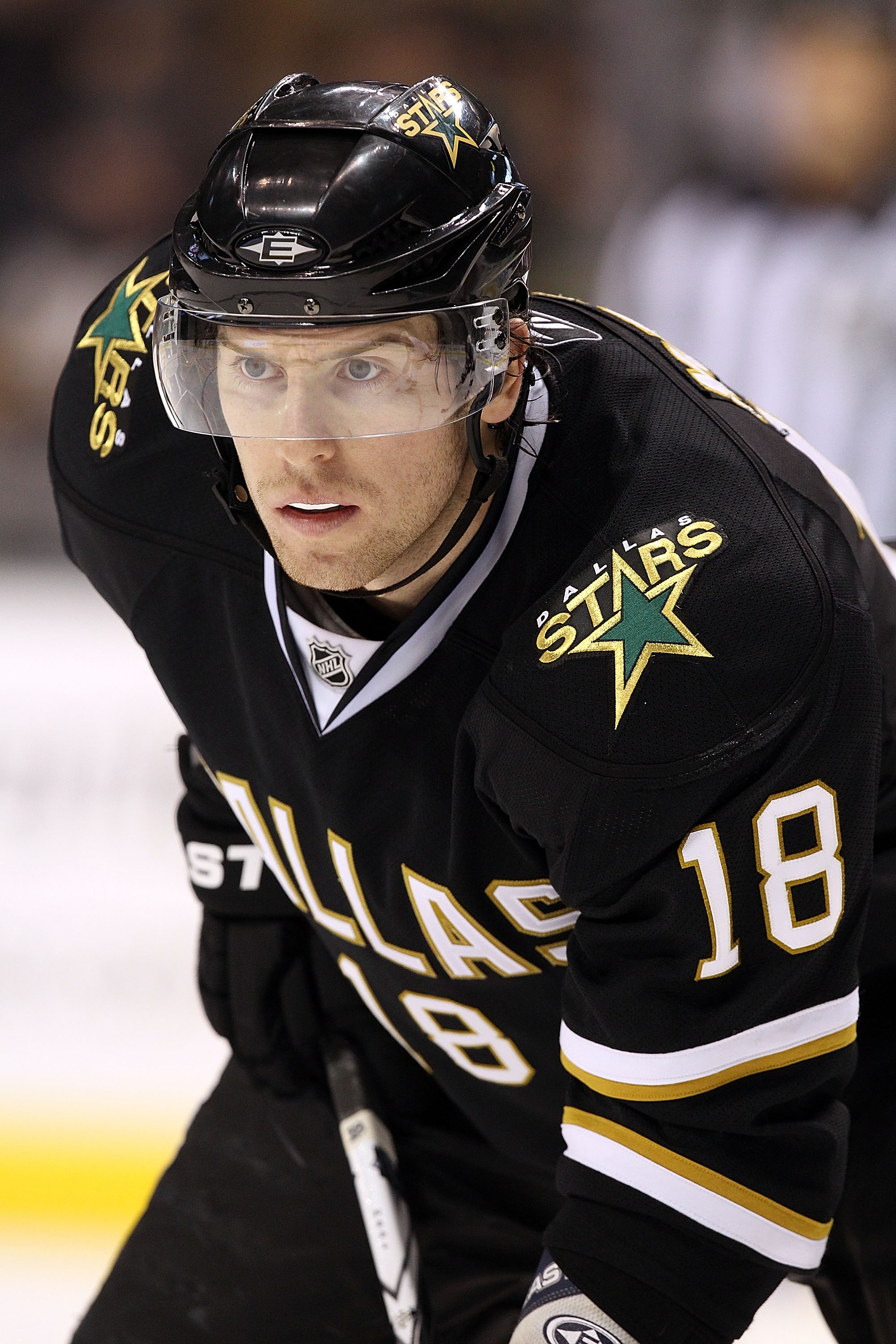 DALLAS, TX - JANUARY 15:  James Neal #18 of the Dallas Stars at American Airlines Center on January 15, 2011 in Dallas, Texas.  (Photo by Ronald Martinez/Getty Images)