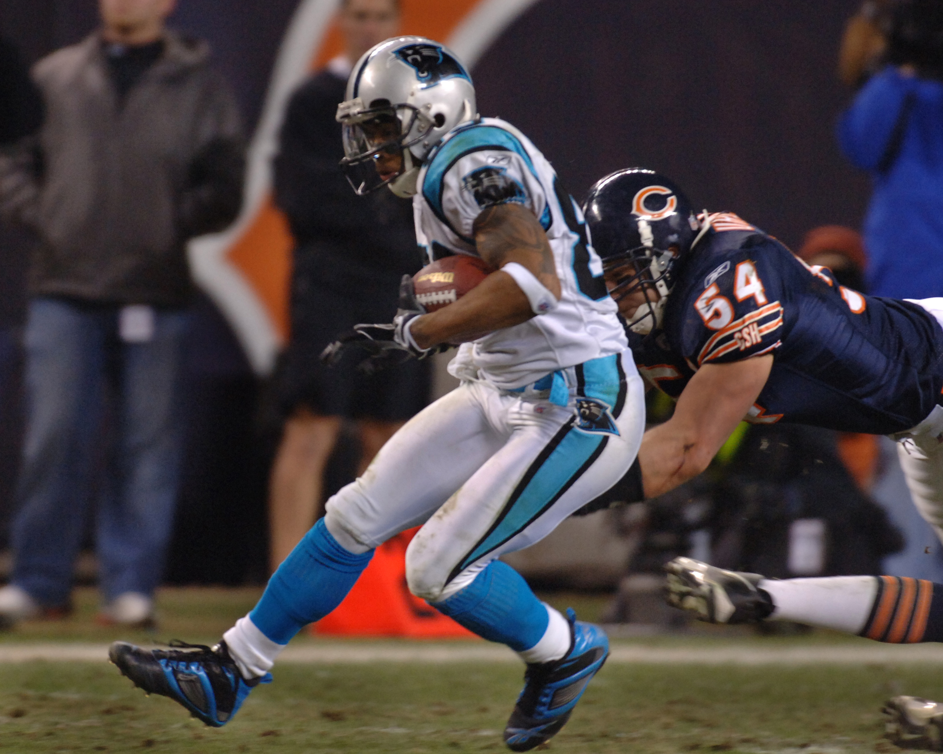Carolina Panthers wide receiver Steve Smith grabs a pass  during an NFC divisional playoff game against the Chicago Bears January 15, 2006 at Soldier Field, Chicago.  The Panthers defeated the Bears 29 - 21.  (Photo by Al Messerschmidt/Getty Images)