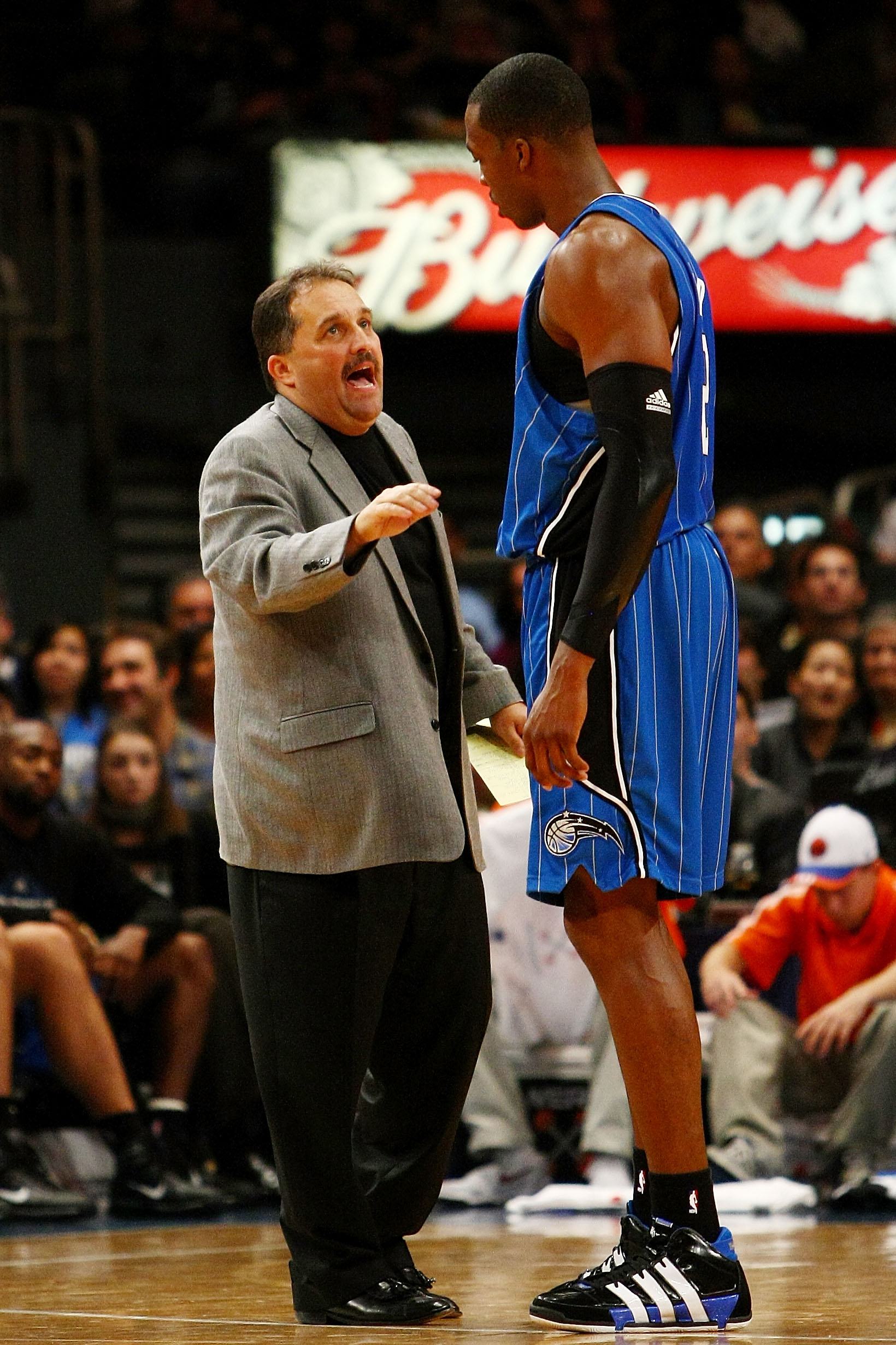 NEW YORK - NOVEMBER 29:  Dwight Howard #12 of the Orlando Magic talks with head coach Stan Van Gundy during a time out against the New York Knicks at Madison Square Garden November 29, 2009 in New York City. NOTE TO USER: User expressly acknowledges and a