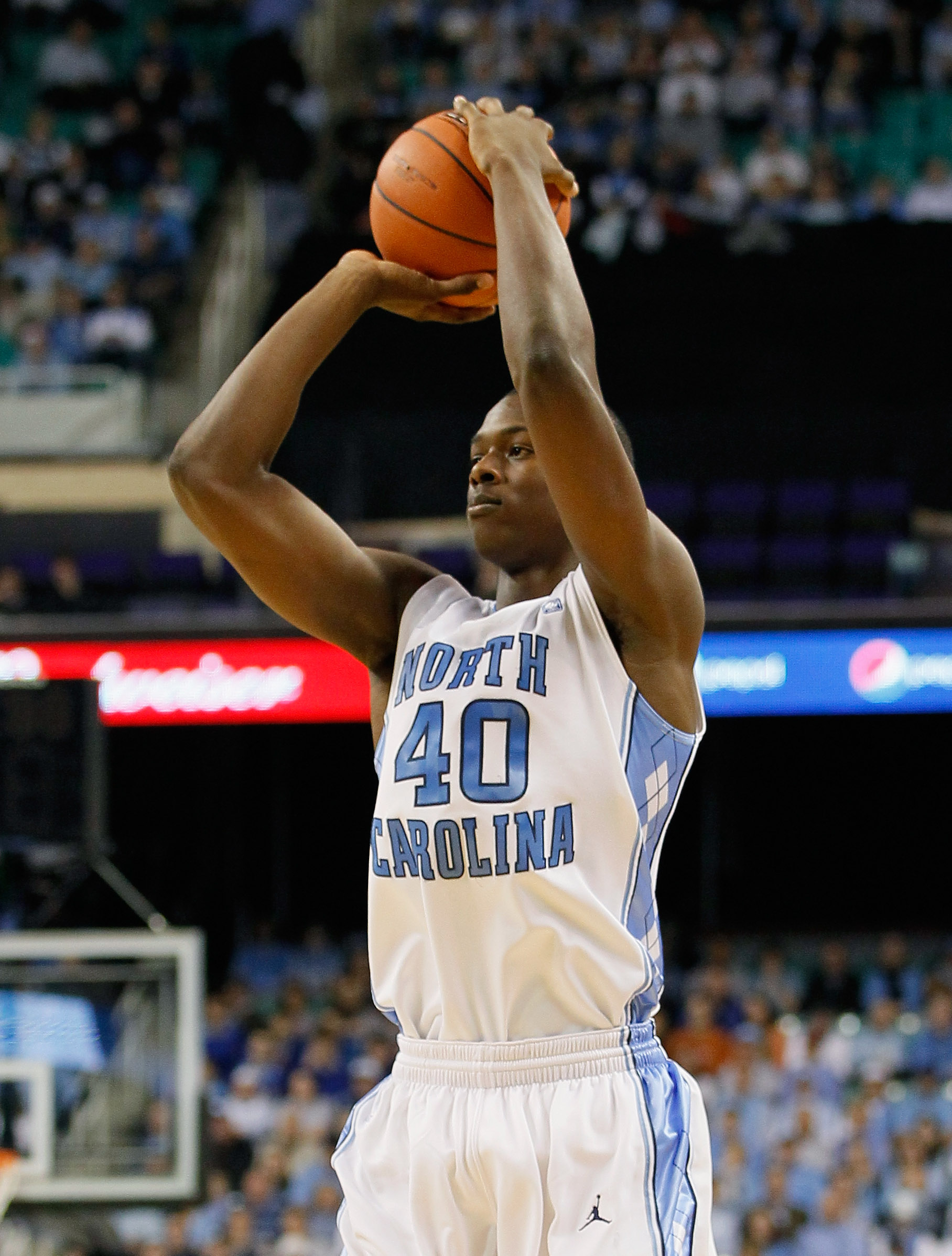 GREENSBORO, NC - DECEMBER 18:  Harrison Barnes #40 of the North Carolina Tar Heels against the Texas Longhorns at Greensboro Coliseum on December 18, 2010 in Greensboro, North Carolina.  (Photo by Kevin C. Cox/Getty Images)