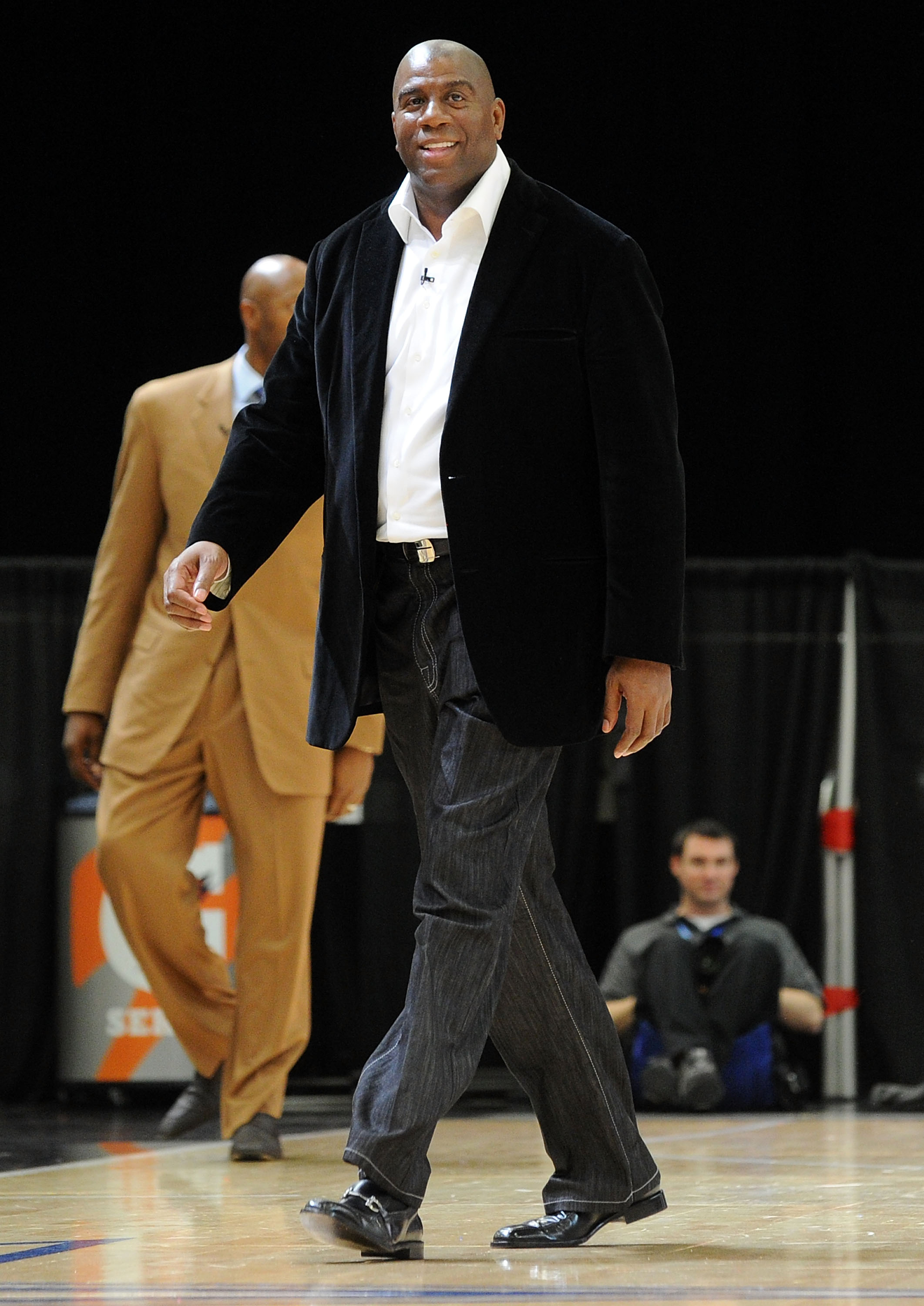DALLAS - FEBRUARY 12:  NBA player Magic Johnson during the NBA All-Star celebrity game presented by Final Fantasy XIII held at the Dallas Convention Center on February 12, 2010 in Dallas, Texas.  (Photo by Jason Merritt/Getty Images)