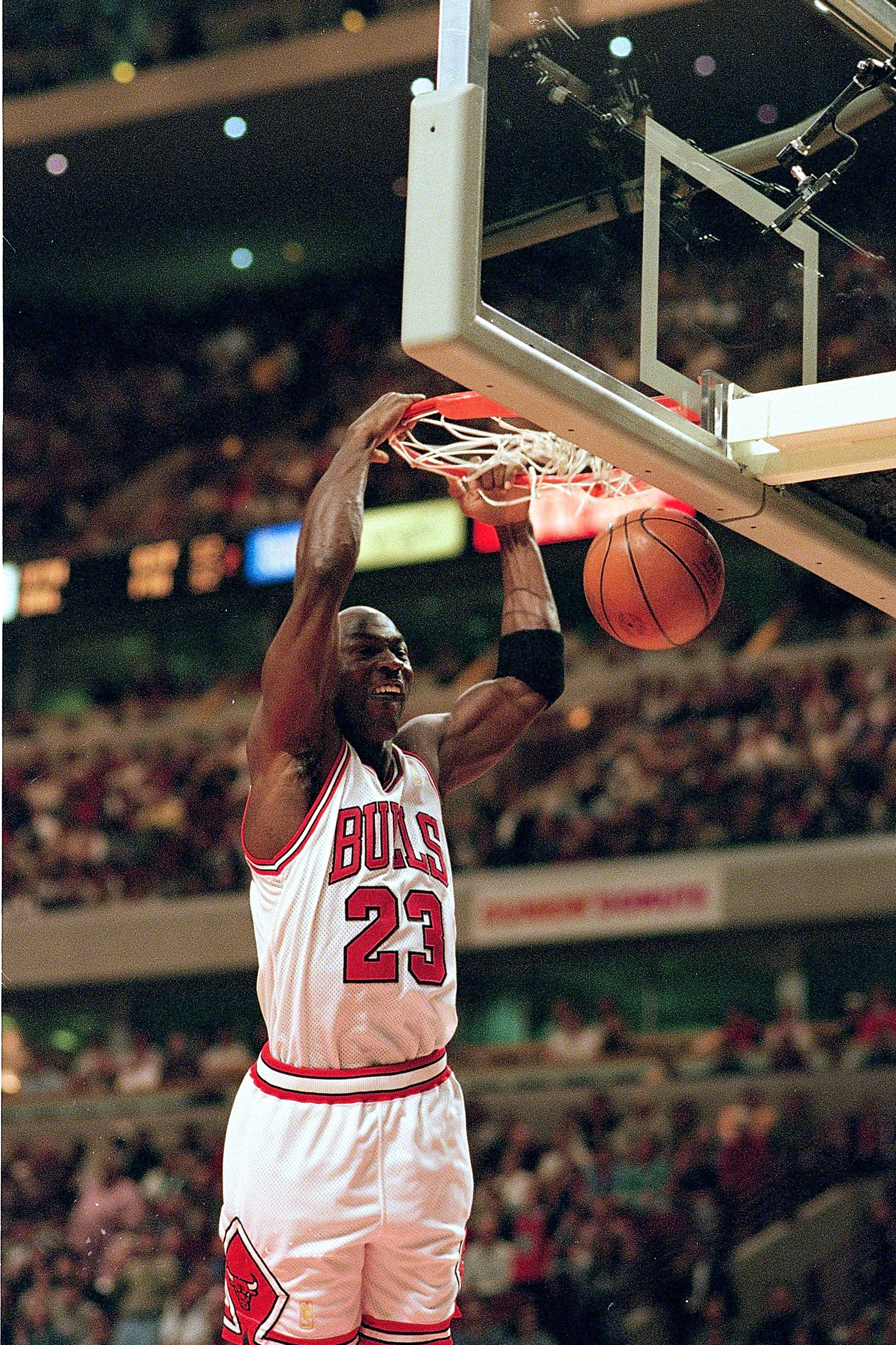 26 Oct 1996:  Michael Jordan #23 of the Chicago Bulls dunks the ball during the game against the Sacramento Kings at the United Center in Chicago, Illinois. The Bulls defeated the Kings 97-91.   Mandatory Credit: Jonathan Daniel  /Allsport