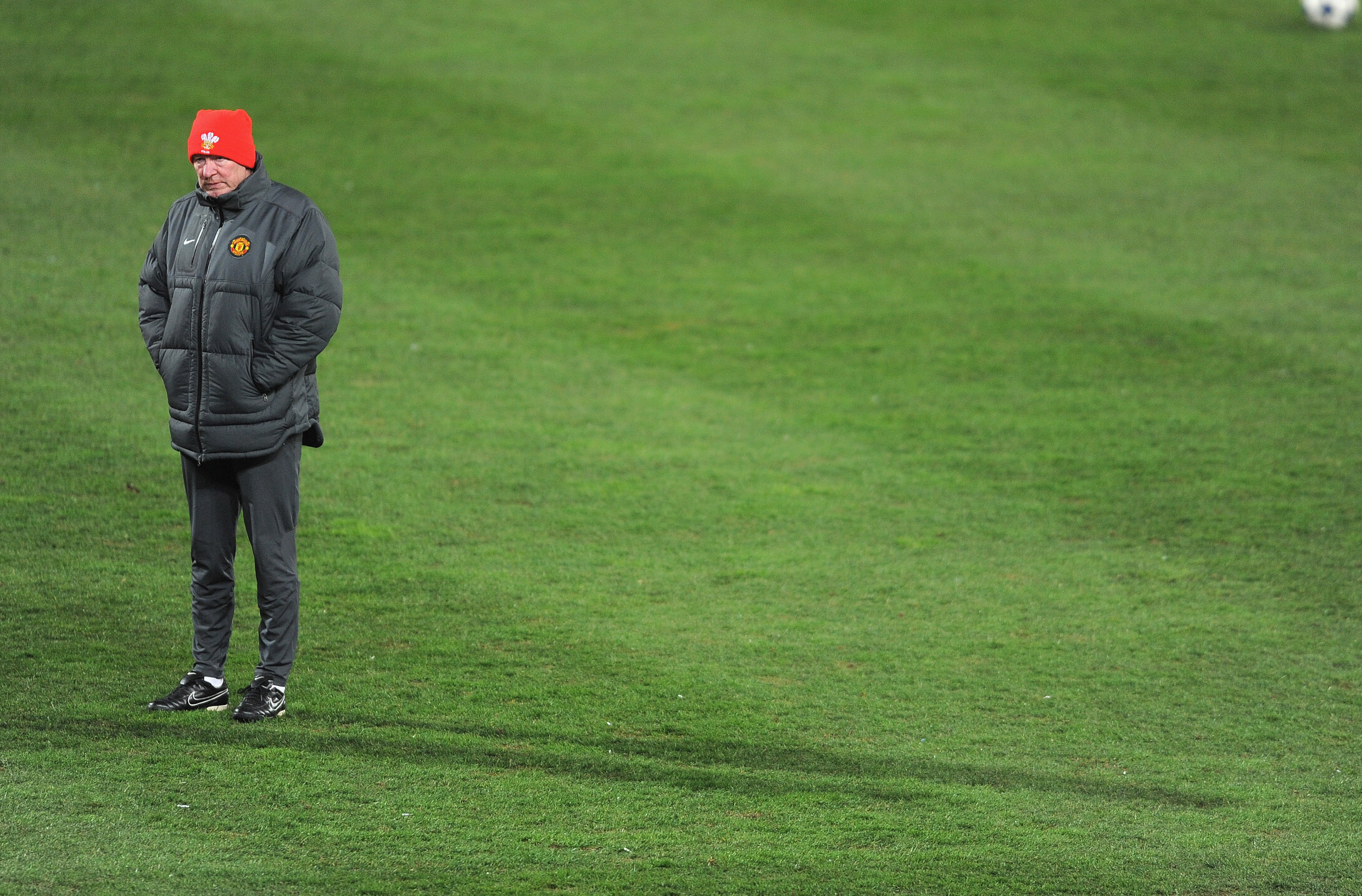 MARSEILLE, FRANCE - FEBRUARY 22:  Manchester United manager Sir Alex Ferguson looks on during the Manchester United training session ahead of the UEFA Champions League round of 16 first leg match against Marseille at the Stade Velodrome on February 22, 20