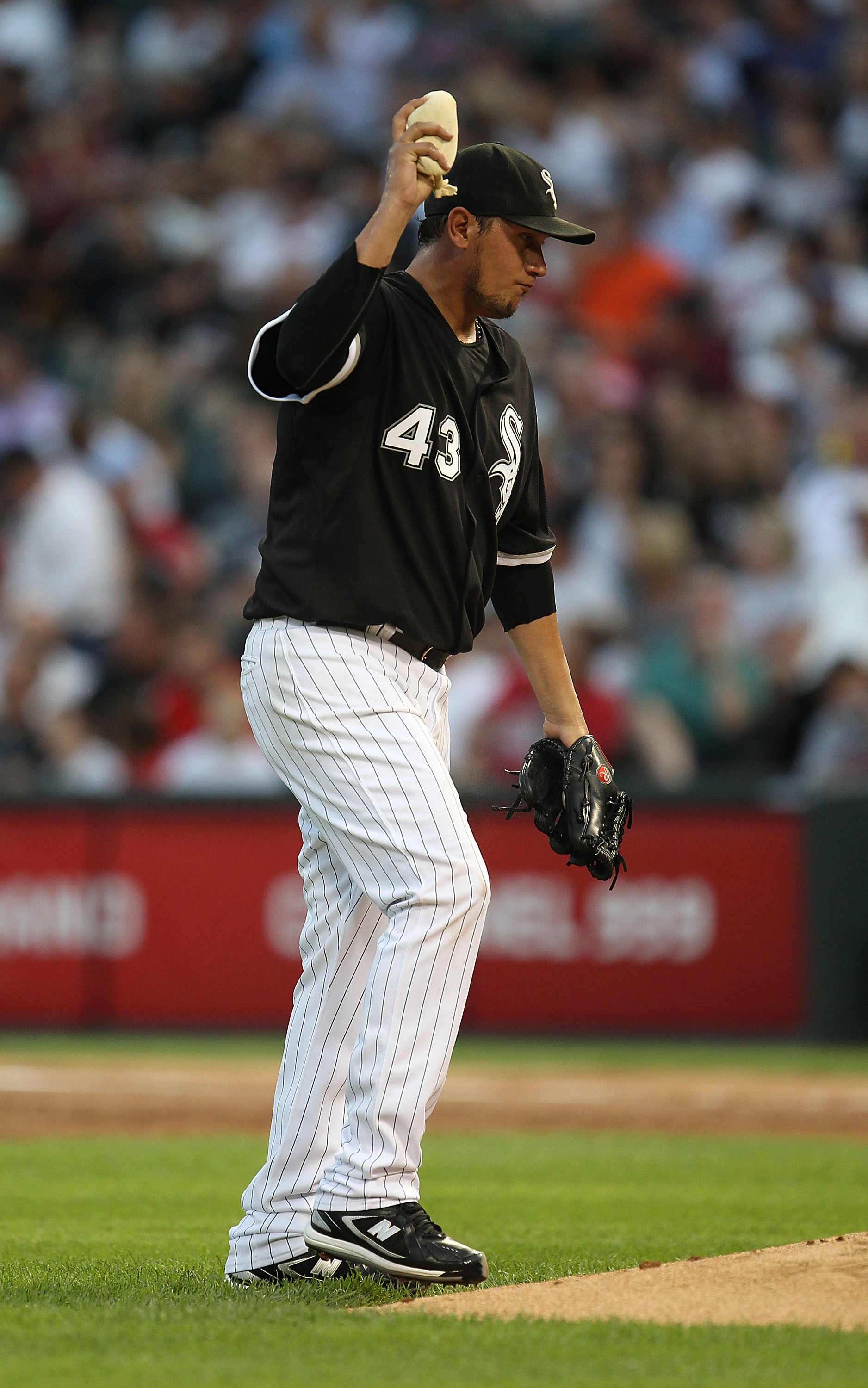 CHICAGO - AUGUST 10: Starting pitcher Freddy Garcia #43 of the Chicago White Sox reacts after giving up a home run to the Minnesota Twins in the 2nd inning at U.S. Cellular Field on August 10, 2010 in Chicago, Illinois. (Photo by Jonathan Daniel/Getty Ima