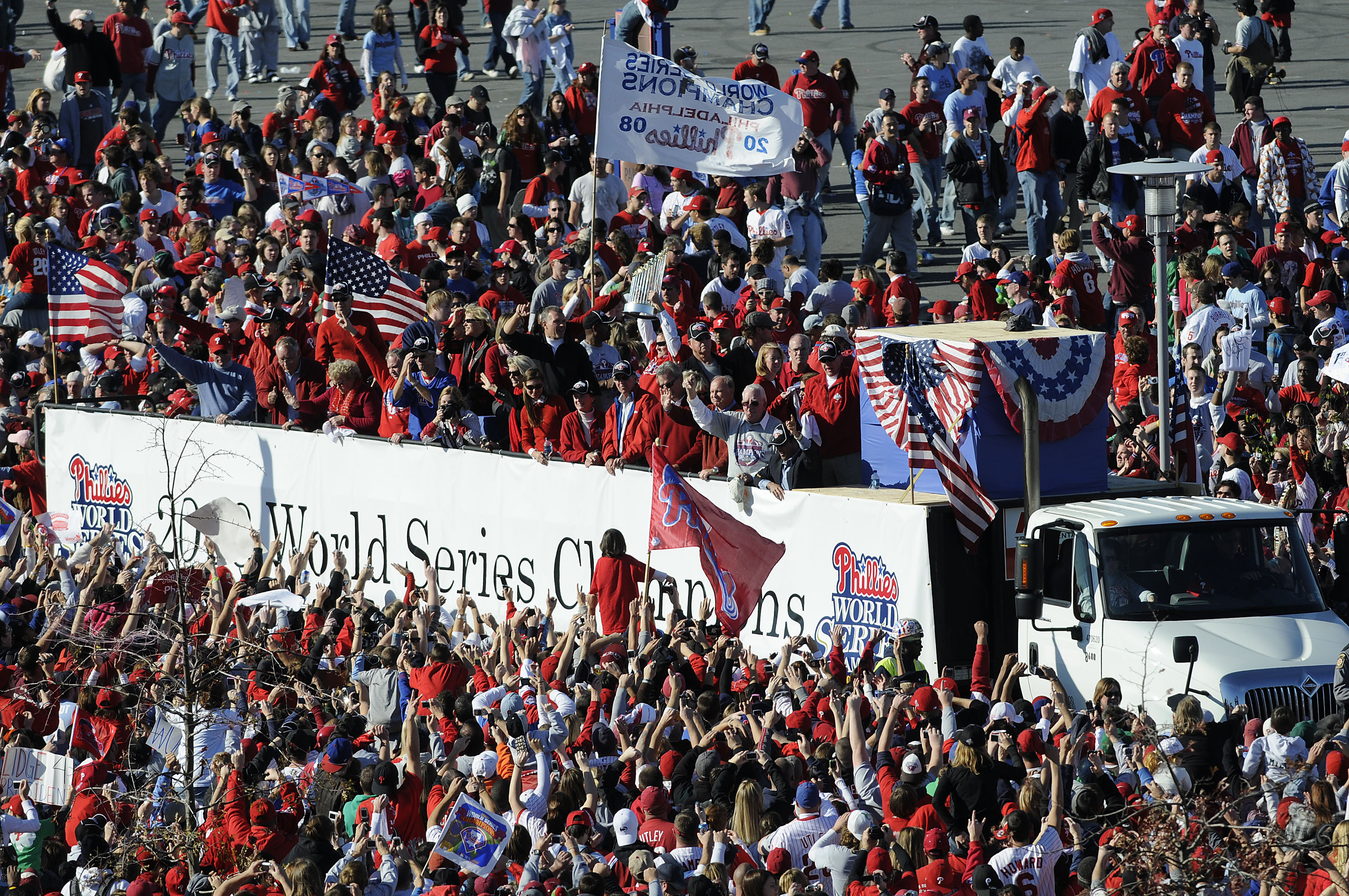 PHILADELPHIA, PA - OCTOBER 31: The Philadelphia Philies arrive at a victory rally at Citizens Bank Park October 31, 2008 in Philadelphia, Pennsylvania. The Phillies defeated the Tampa Bay Rays to win their first World Series in 28 years. (Photo by Jeff Fu