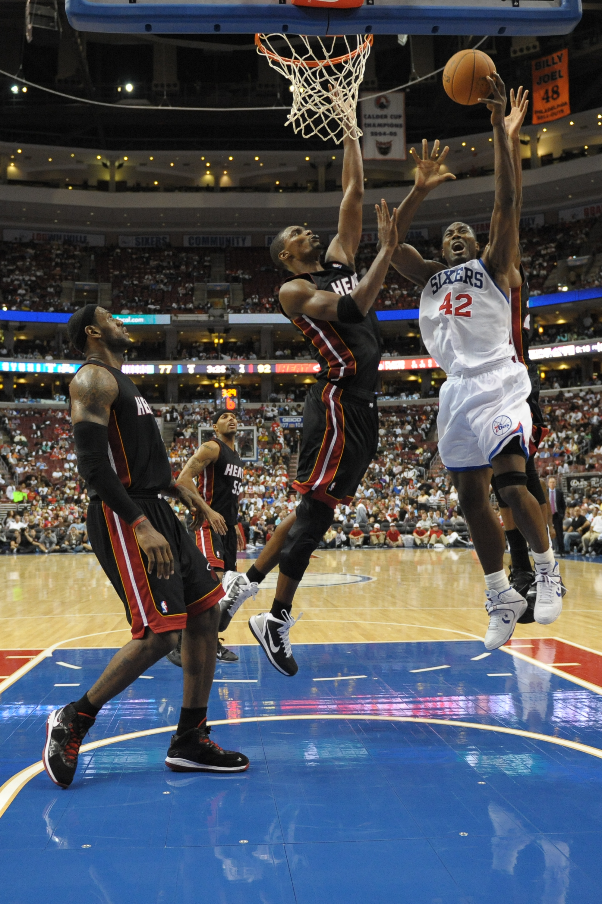 PHILADELPHIA - OCTOBER 27: Elton Brand #42 of the Philadelphia 76ers in action during the game against the Miami Heat at the Wells Fargo Center on October 27, 2010 in Philadelphia, Pennsylvania. NOTE TO USER: User expressly acknowledges and agrees that, b