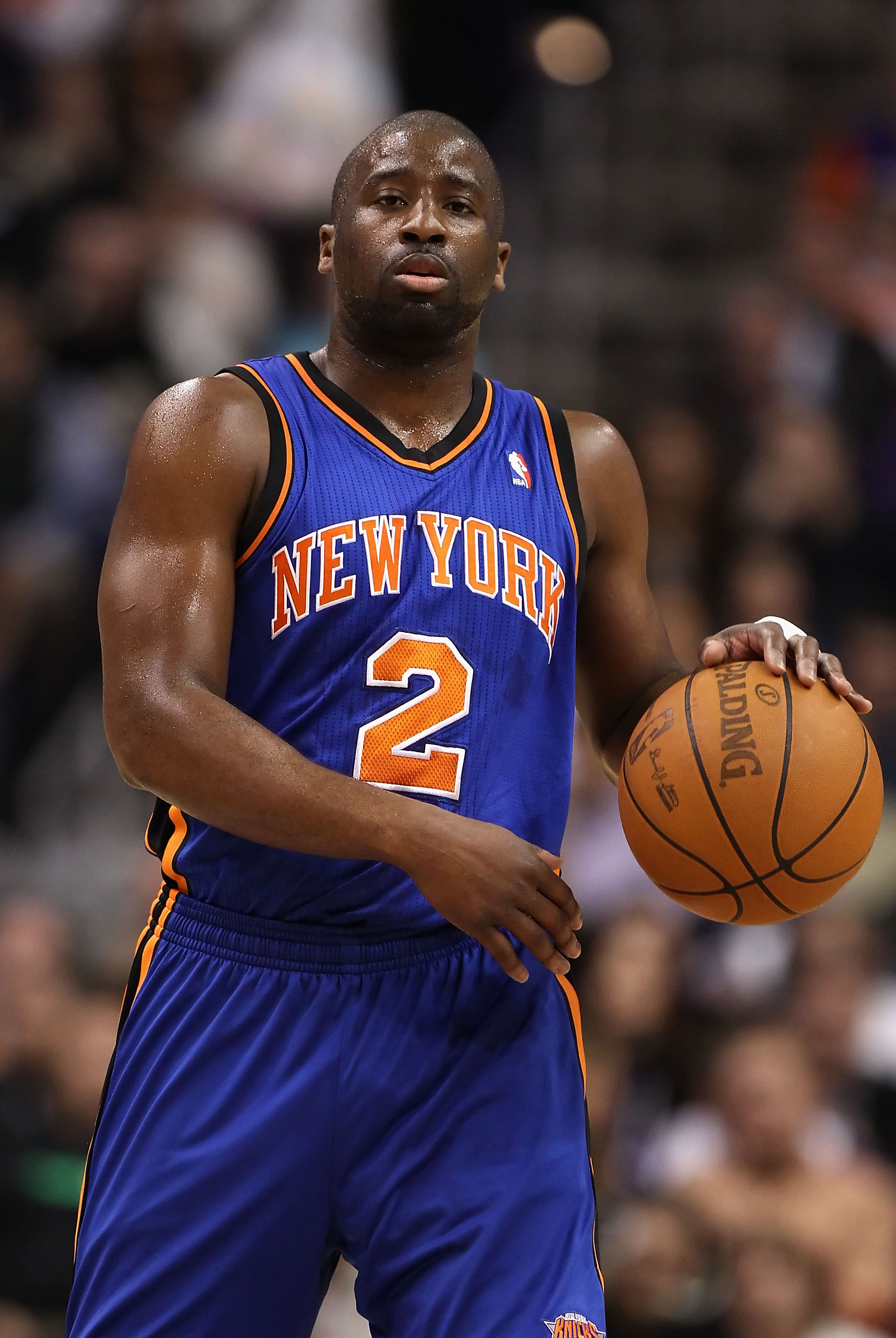 PHOENIX, AZ - JANUARY 07:  Raymond Felton #2 of the New York Knicks during the NBA game against the Phoenix Suns at US Airways Center on January 7, 2011 in Phoenix, Arizona.  NOTE TO USER: User expressly acknowledges and agrees that, by downloading and or