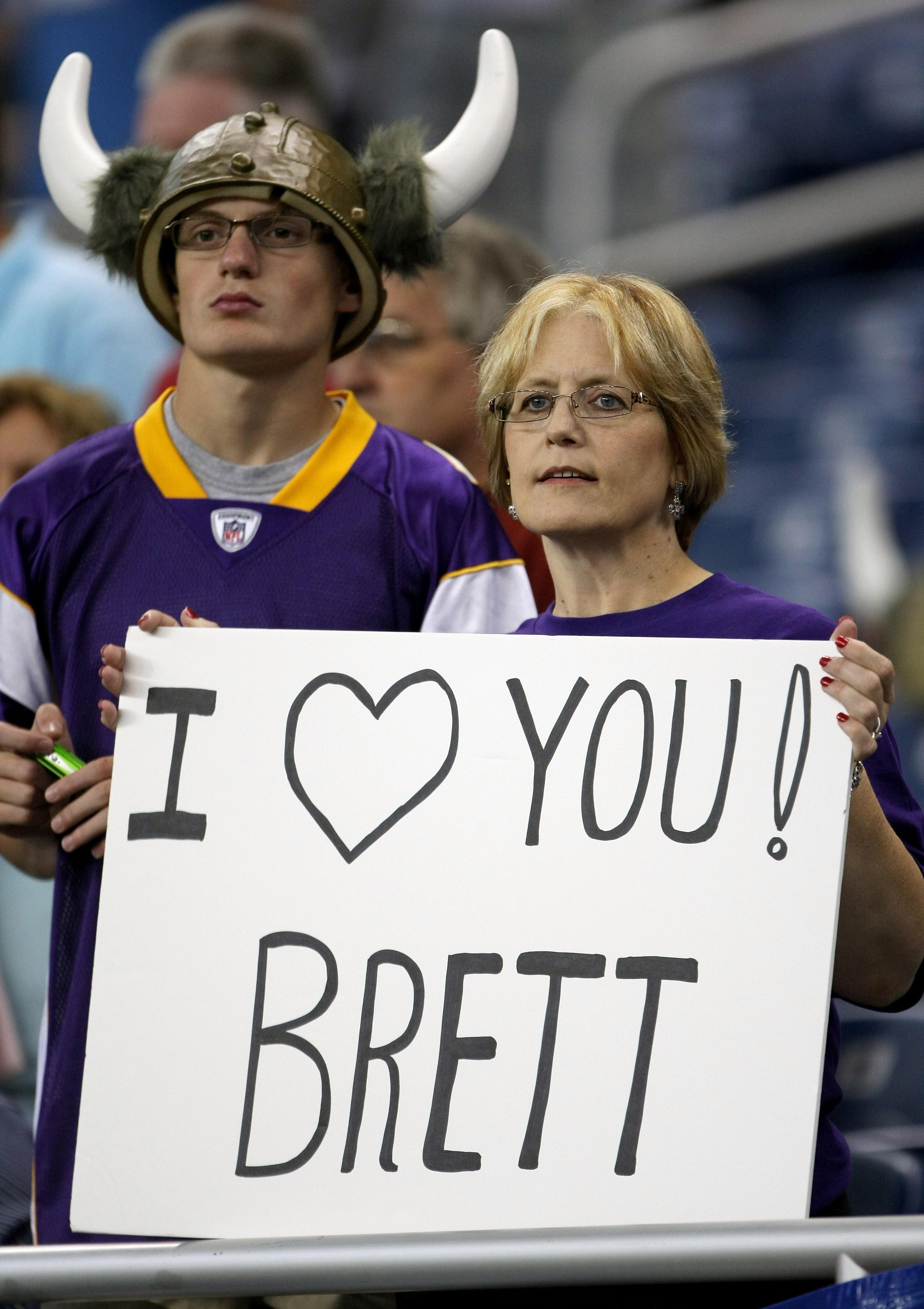 DETROIT - SEPTEMBER 20:  A Vikings fan holds a sign for Brett Favre of the Minnesota Vikings before the  game with the Detroit Lions at Ford Field on September 20, 2009 in Detroit, Michigan. (Photo by Stephen Dunn/Getty Images)