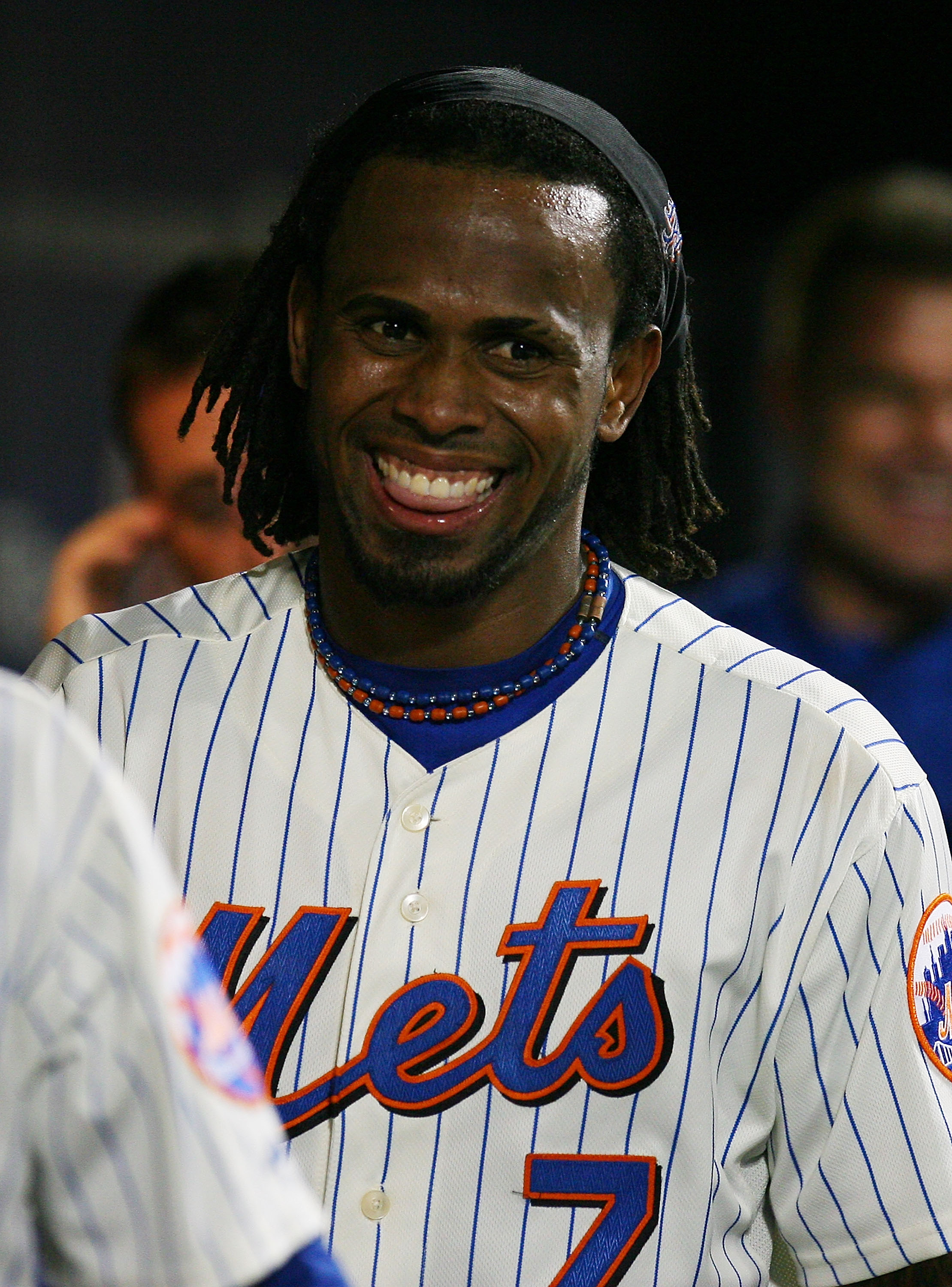 Can the Mets afford NOT to keep their star shortstop in 2012?