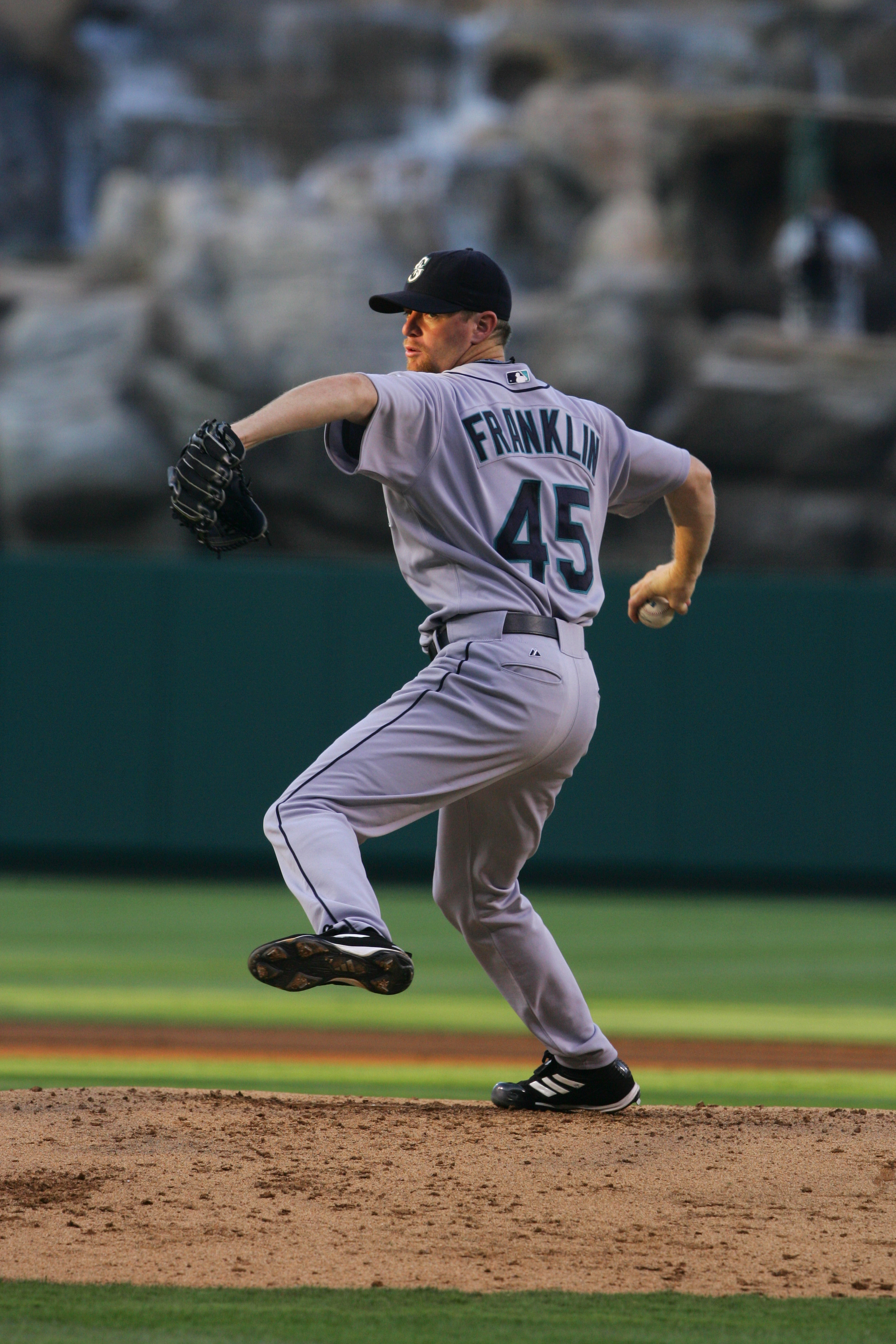 ANAHEIM, CA - JULY 9:  Ryan Franklin #45 of the Seattle Mariners pitches against the Los Angeles Angels of Anaheim on July 9, 2005 at Angel Stadium in Anaheim, California.  (Photo by Lisa Blumenfeld/Getty Images)
