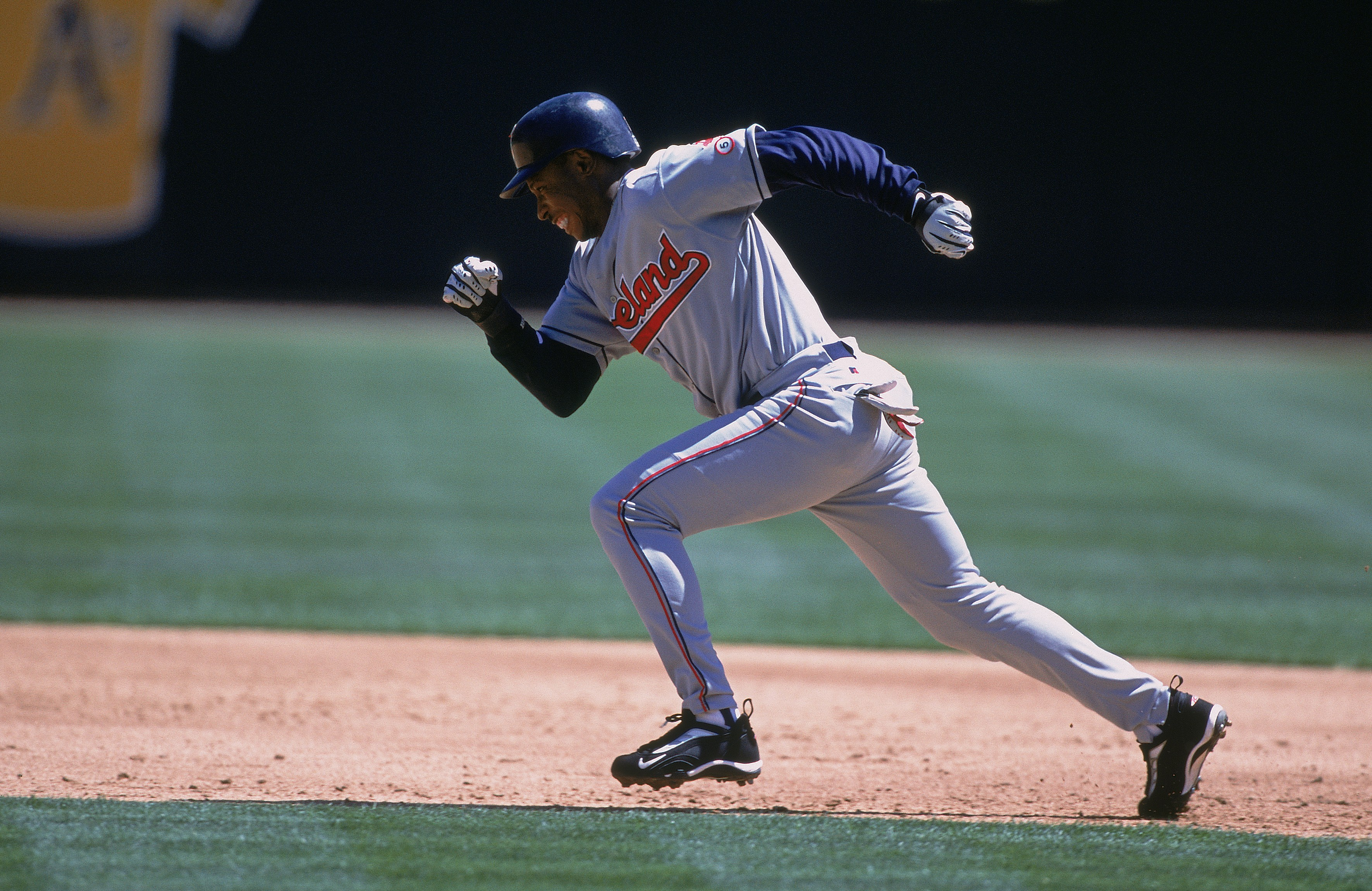 23 Aug 2001:  Kenny Lofton #7 of the Cleveland Indians stealing a base during the game against the Oakland Athletics at the Network Associates Coliseum in Oakland, California. The Indians defeated the Athletics 9-7.Mandatory Credit: Jed Jacobsohn  /Allspo