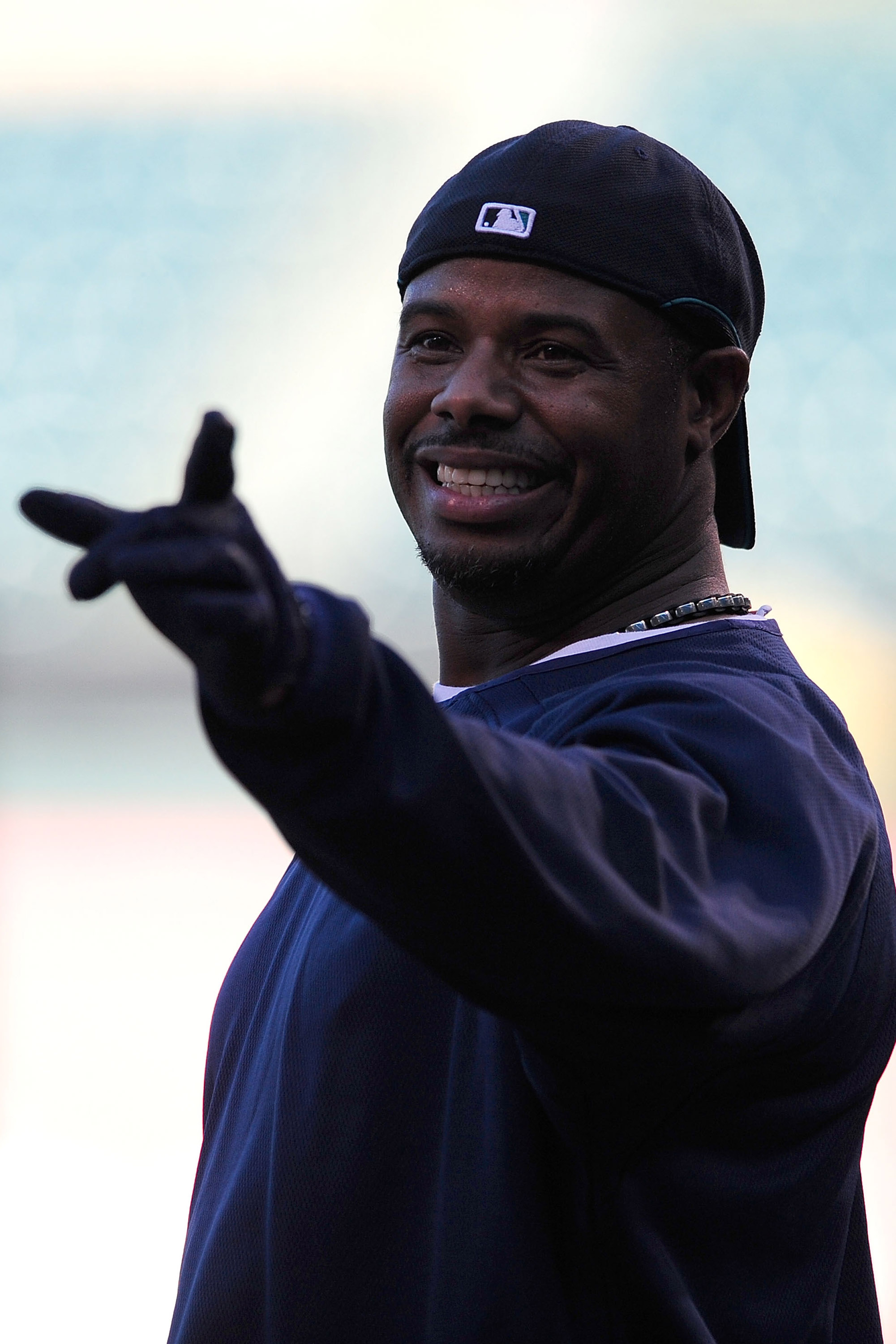 ANAHEIM, CA - SEPTEMBER 08:  Ken Griffey Jr. #24 of the Seattle Mariners jokes around with teammates during batting practice before the game against the Los Angeles Angels of Anaheim at Angel Stadium September 8, 2009 in Anaheim, California.  (Photo by Ja