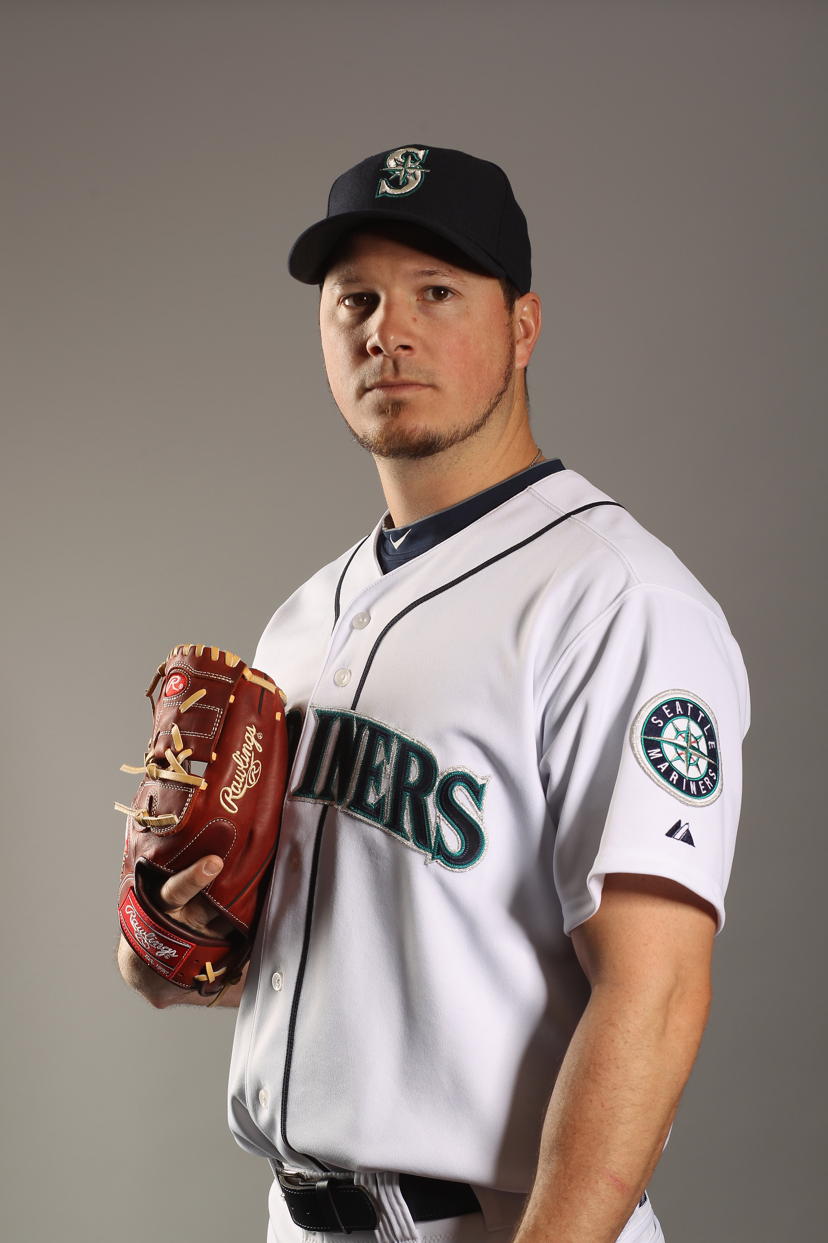 PEORIA, AZ - FEBRUARY 20:  Erik Bedard #45 of the Seattle Mariners poses for a portrait at the Peoria Sports Complex on February 20, 2011 in Peoria, Arizona.  (Photo by Ezra Shaw/Getty Images)