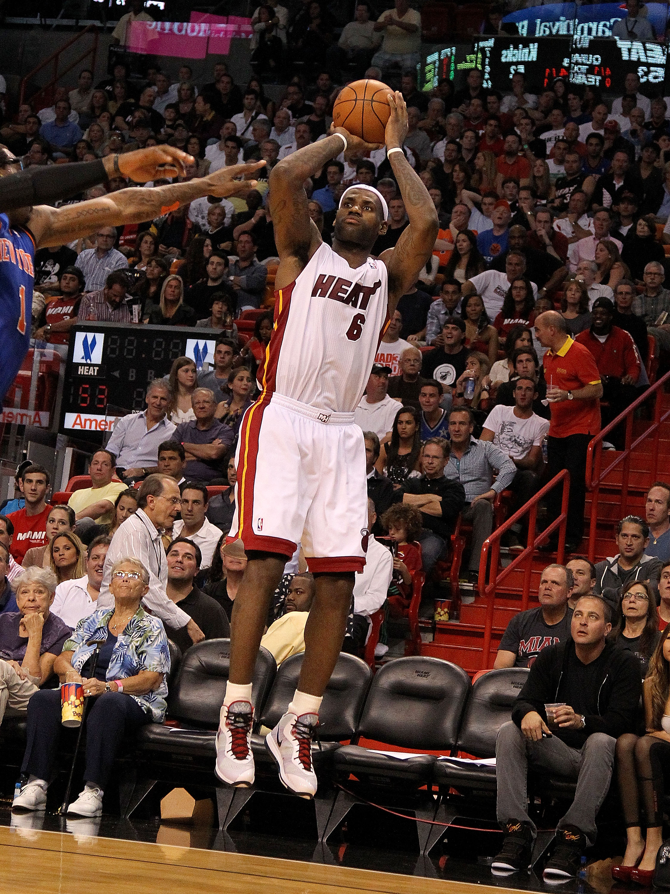 MIAMI, FL - FEBRUARY 27:  LeBron James #6 of the Miami Heat  shoots during a game against the New York Knicks at American Airlines Arena on February 27, 2011 in Miami, Florida. NOTE TO USER: User expressly acknowledges and agrees that, by downloading and/