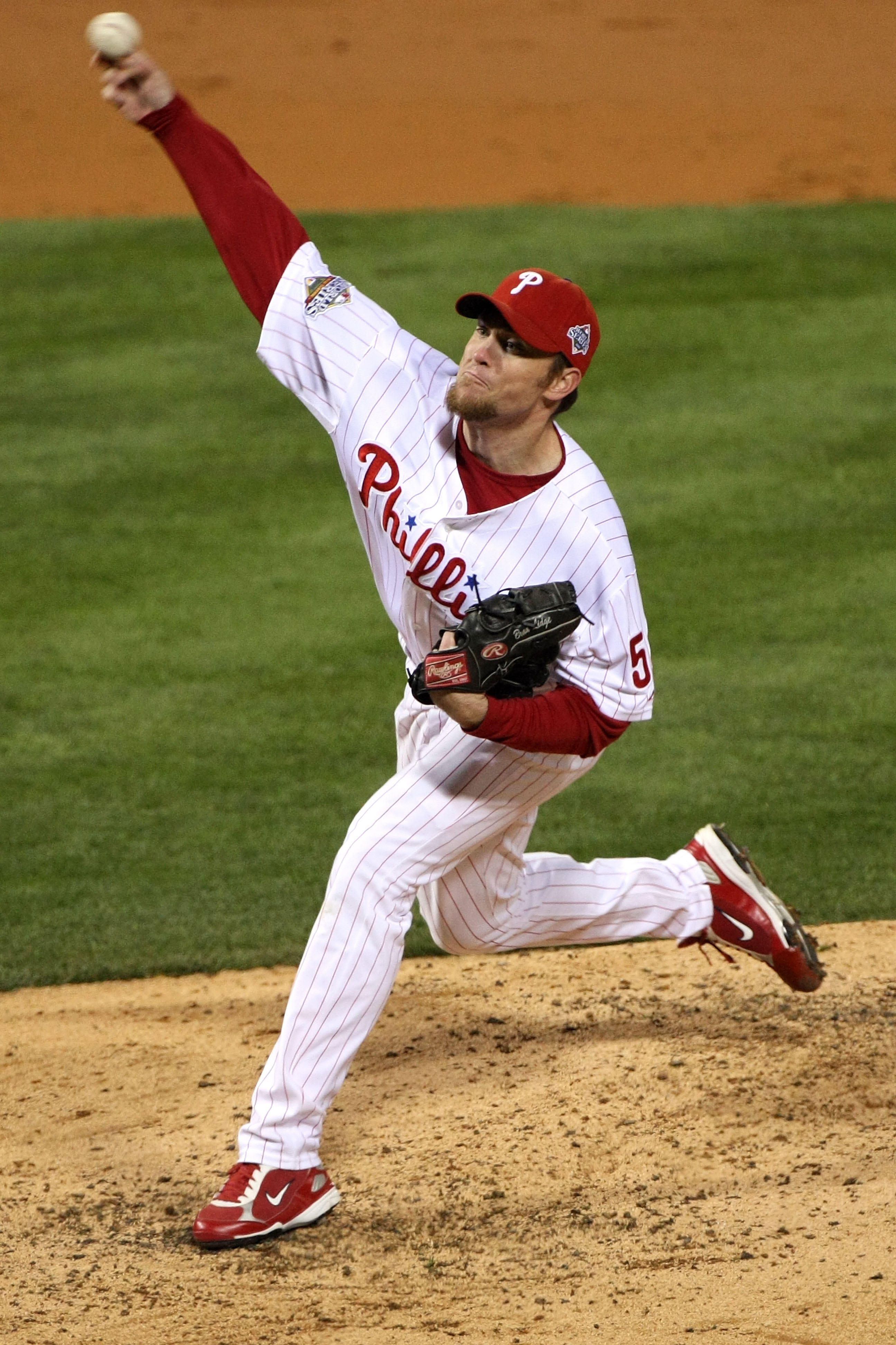 PHILADELPHIA - OCTOBER 29:  Brad Lidge #54 of the Philadelphia Phillies throws a pitch against the Tampa Bay Rays during the continuation of game five of the 2008 MLB World Series on October 29, 2008 at Citizens Bank Park in Philadelphia, Pennsylvania. Th