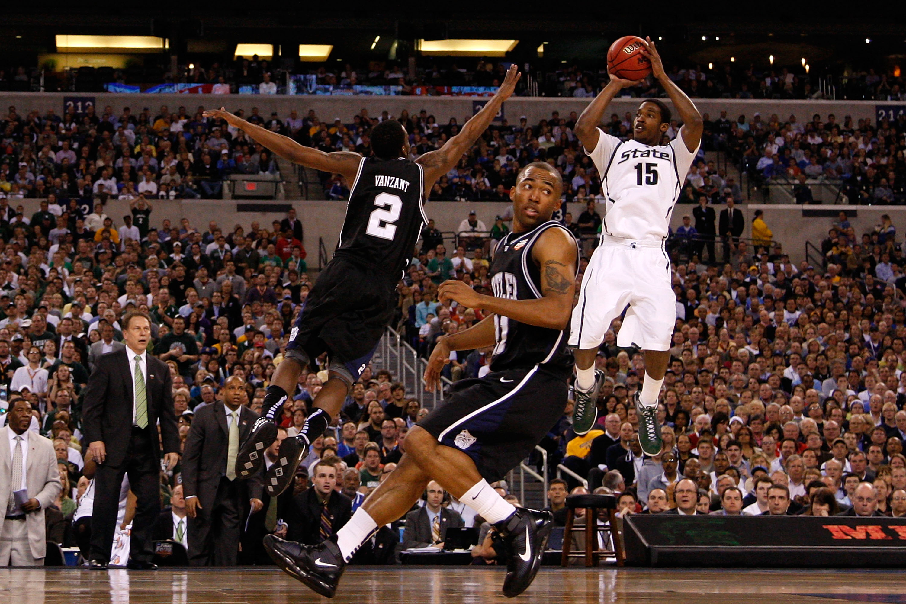 INDIANAPOLIS - APRIL 03:  Durrell Summers #15 of the Michigan State Spartans attempts a shot against Shawn Vanzant #2 of the Butler Bulldogs during the National Semifinal game of the 2010 NCAA Division I Men's Basketball Championship on April 3, 2010 in I