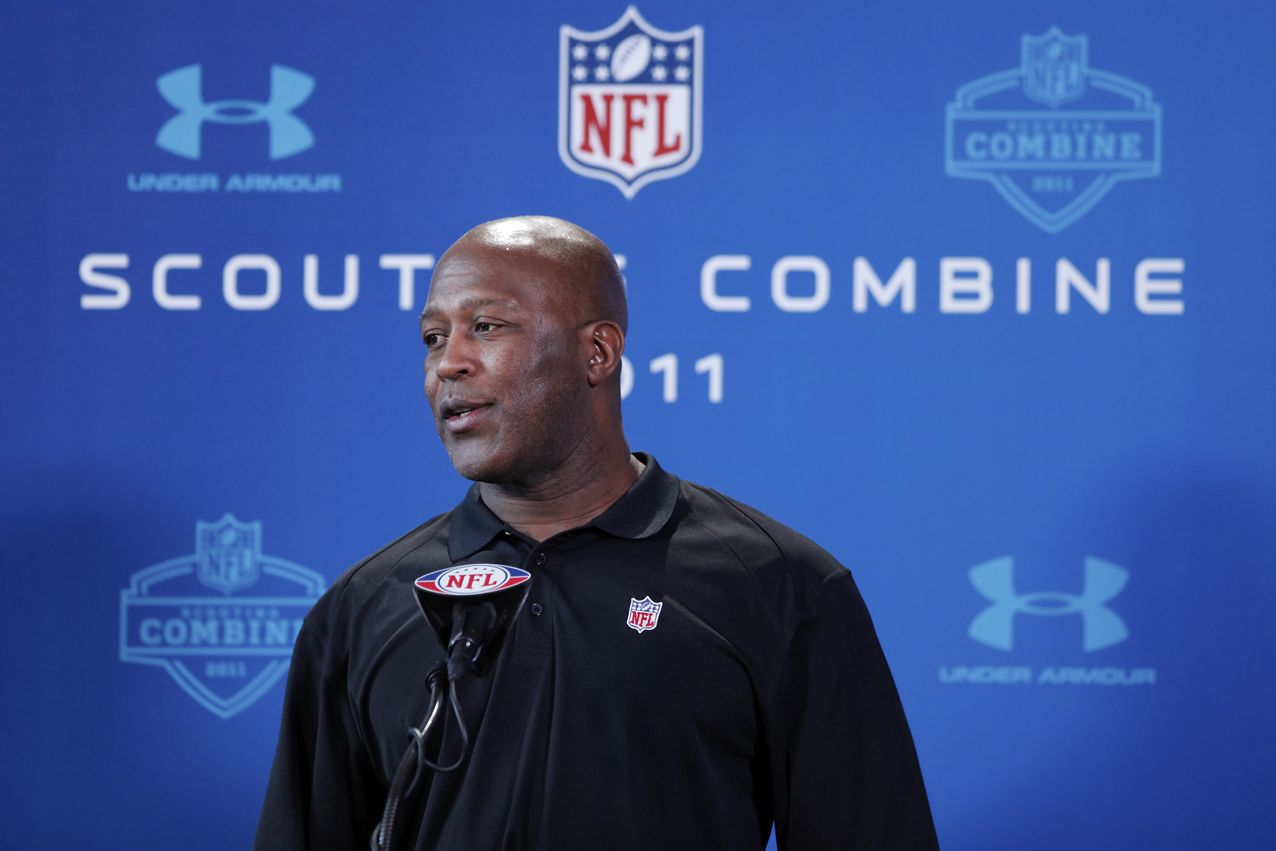 INDIANAPOLIS, IN - FEBRUARY 25: Chicago Bears head coach Lovie Smith answers questions during a media session at the 2011 NFL Scouting Combine at Lucas Oil Stadium on February 25, 2011 in Indianapolis, Indiana. (Photo by Joe Robbins/Getty Images)