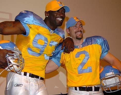 pretty nice 2c2ff bc377 NFL: The 20 Most Hideous Uniforms in League History ...