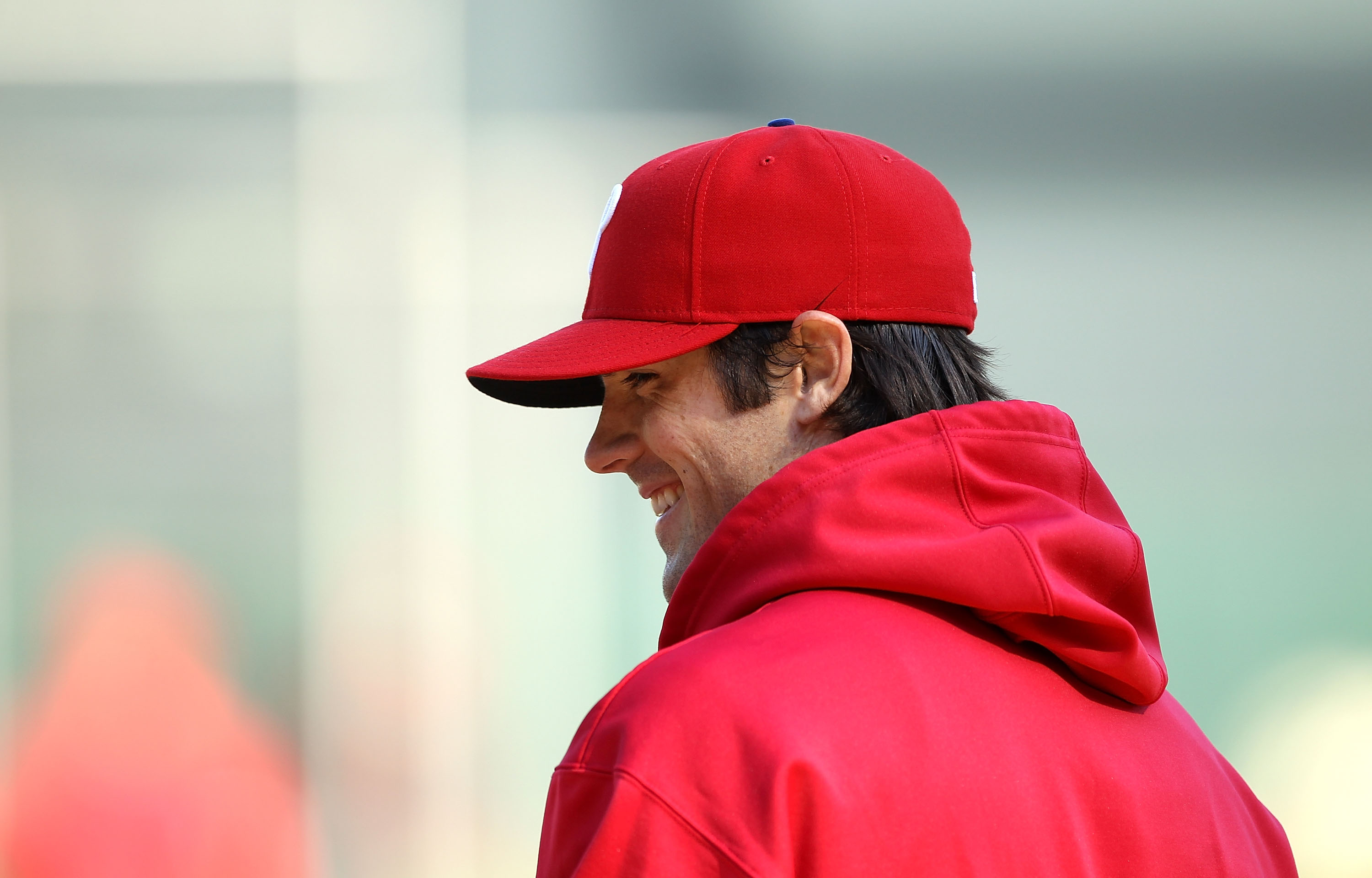 SAN FRANCISCO - OCTOBER 18:  Game three starter Cole Hamels #35 of the Philadephia Philles takes batting practice during a workout session for the NLCS at AT&T Park on October 18, 2010 in San Francisco, California.  (Photo by Ezra Shaw/Getty Images)