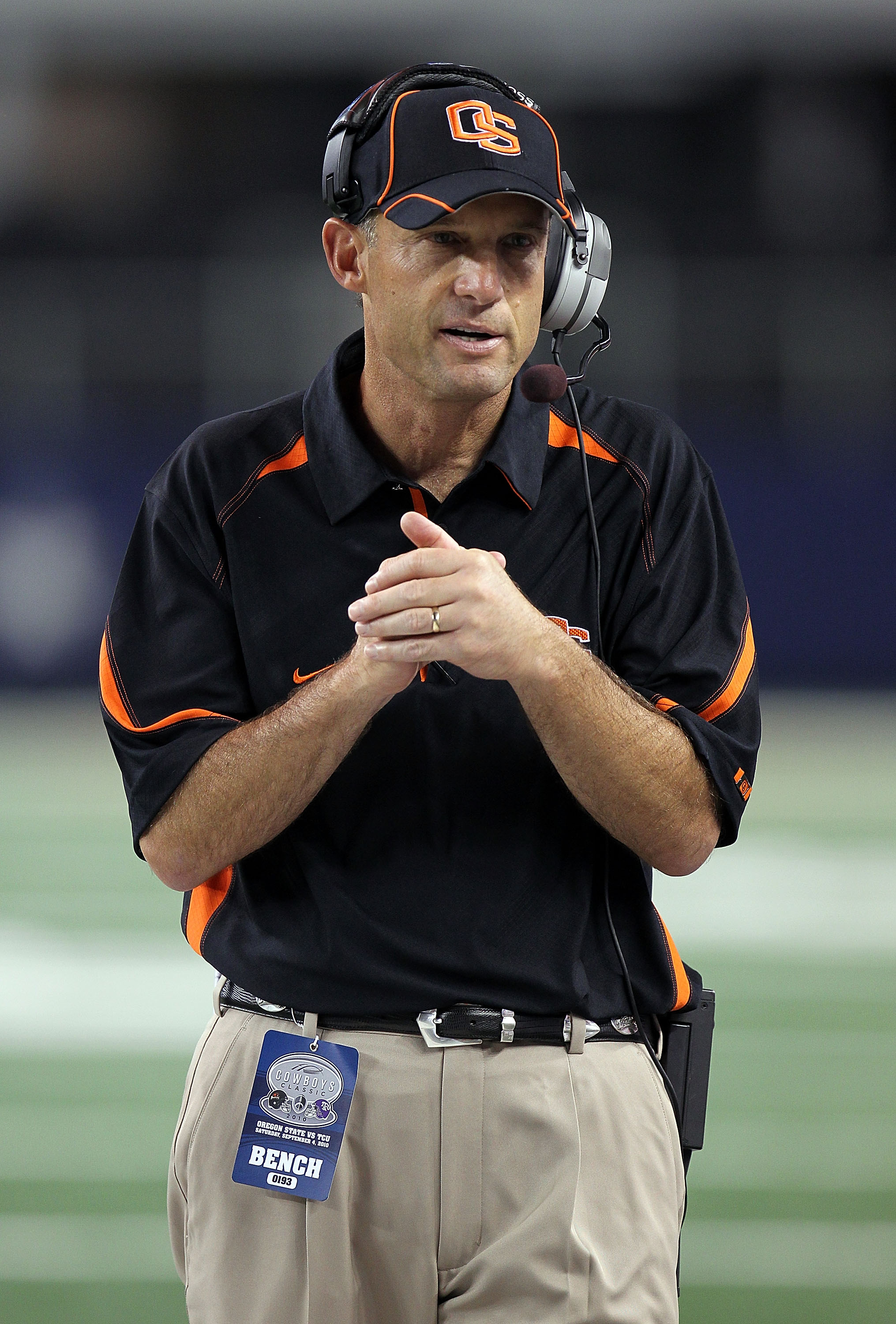 ARLINGTON, TX - SEPTEMBER 04:  Head coach Mike Riley of the Oregon State Beavers on the sidelines during play against the TCU Horned Frogs at Cowboys Stadium on September 4, 2010 in Arlington, Texas.  (Photo by Ronald Martinez/Getty Images)