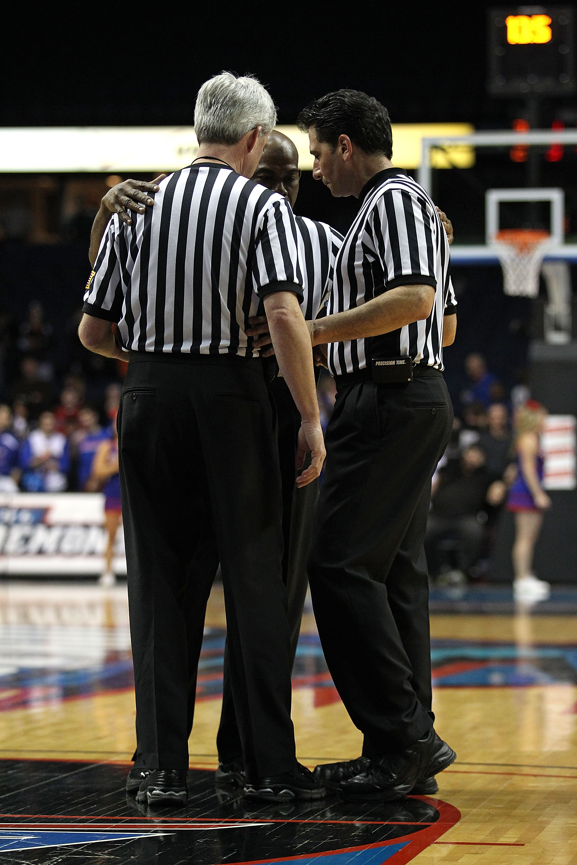 amateur-referee-basketball-lehigh-valley