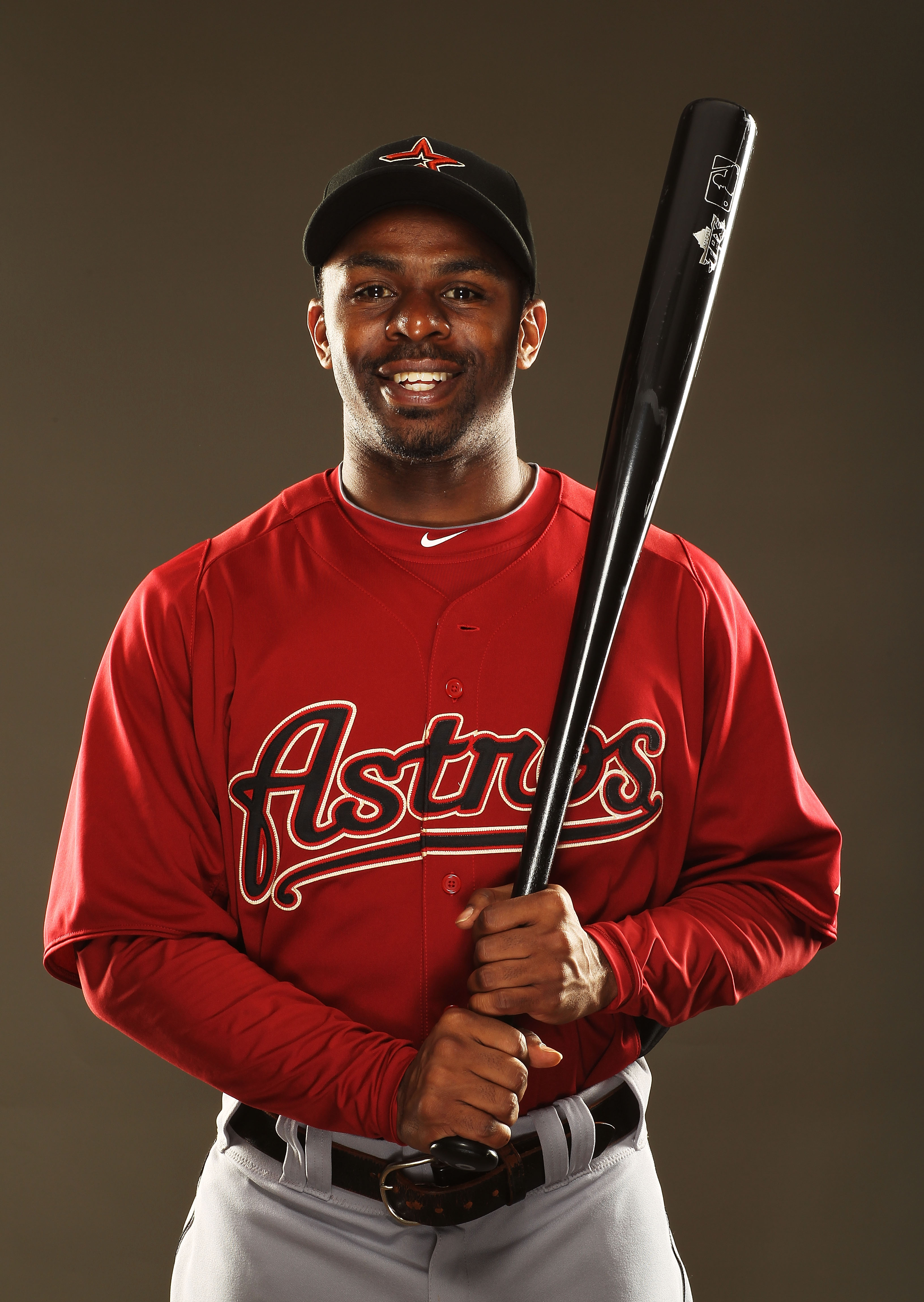 KISSIMMEE, FL - FEBRUARY 24:  Michael Bourn #21 of the Houston Astros poses for a portrait during Spring Training photo Day at Osceola County Stadium  on February 24, 2011 in Kissimmee, Florida.  (Photo by Al Bello/Getty Images)