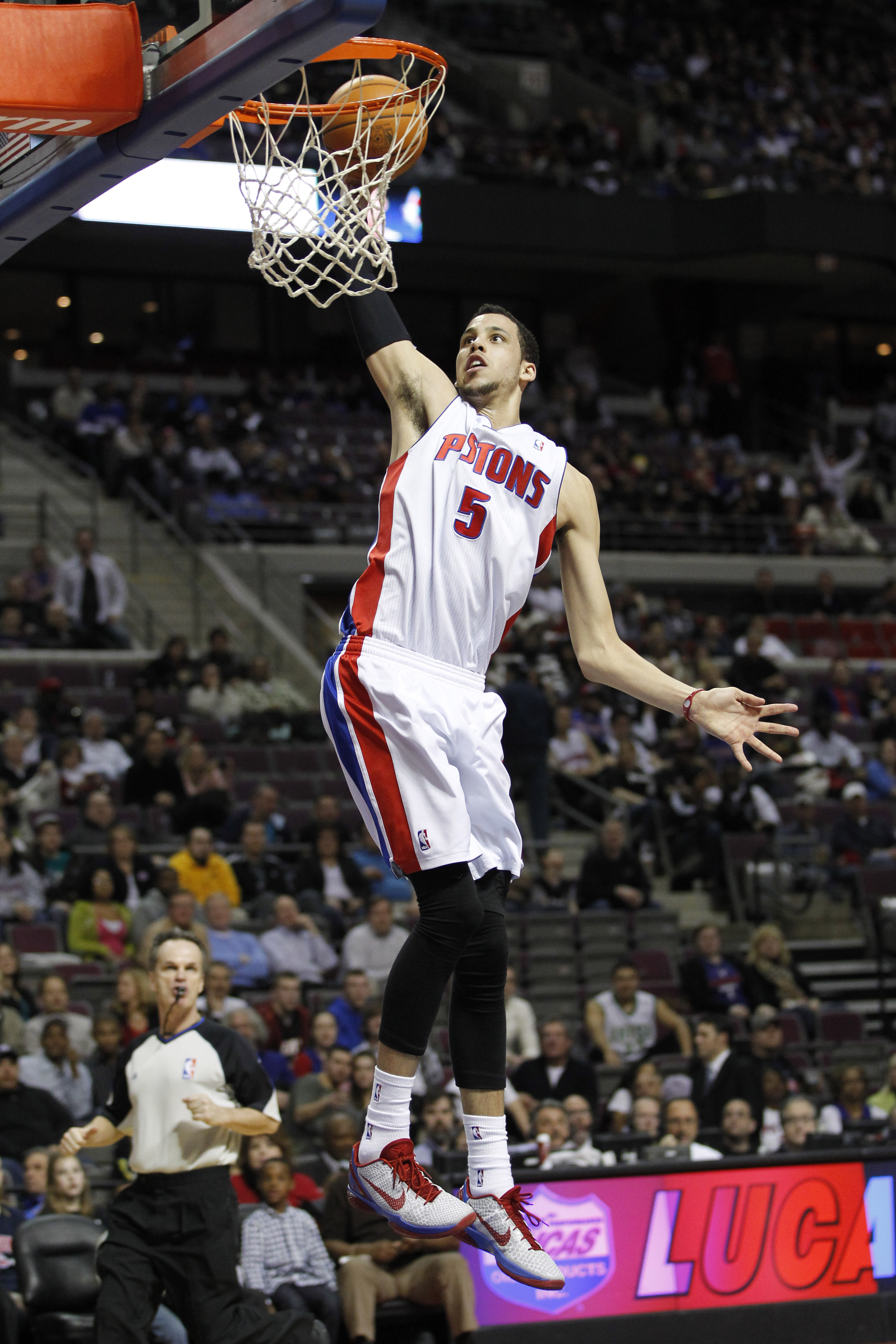 AUBURN HILLS, MI - FEBRUARY 11:  Austin Day #5 of the Detroit Pistons look gets in for a dunk while playing the Miami Heat at The Palace of Auburn Hills on February 11, 2011 in Auburn Hills, Michigan. Miami won the game 106-92.  (Photo by Gregory Shamus/G