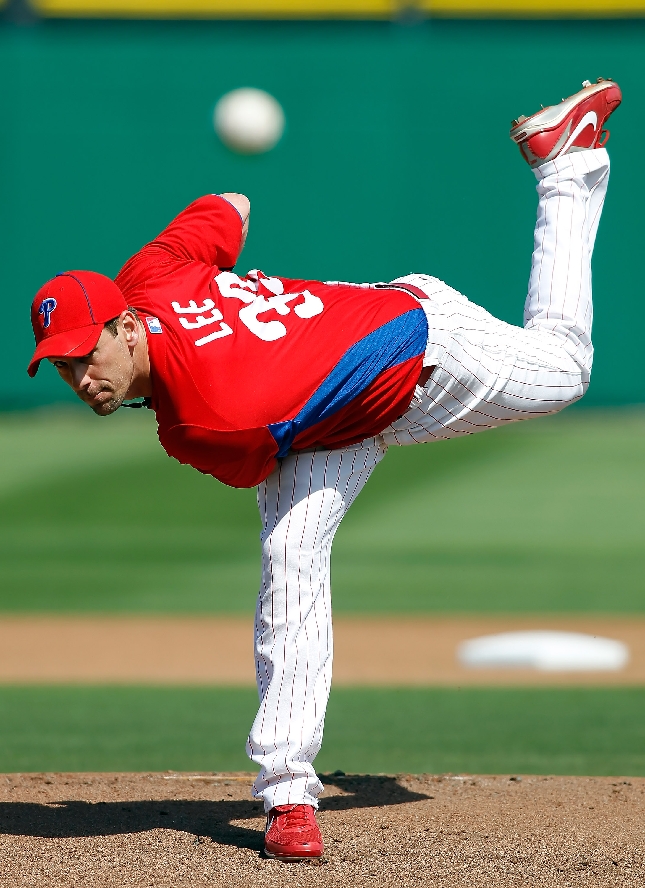CLEARWATER, FL - MARCH 06:  Pitcher Cliff Lee #33 of the Philadelphia Phillies pitches against the Tampa Bay Rays during a Grapefruit League Spring Training Game at Bright House Field on March 6, 2011 in Sarasota, Florida.  (Photo by J. Meric/Getty Images