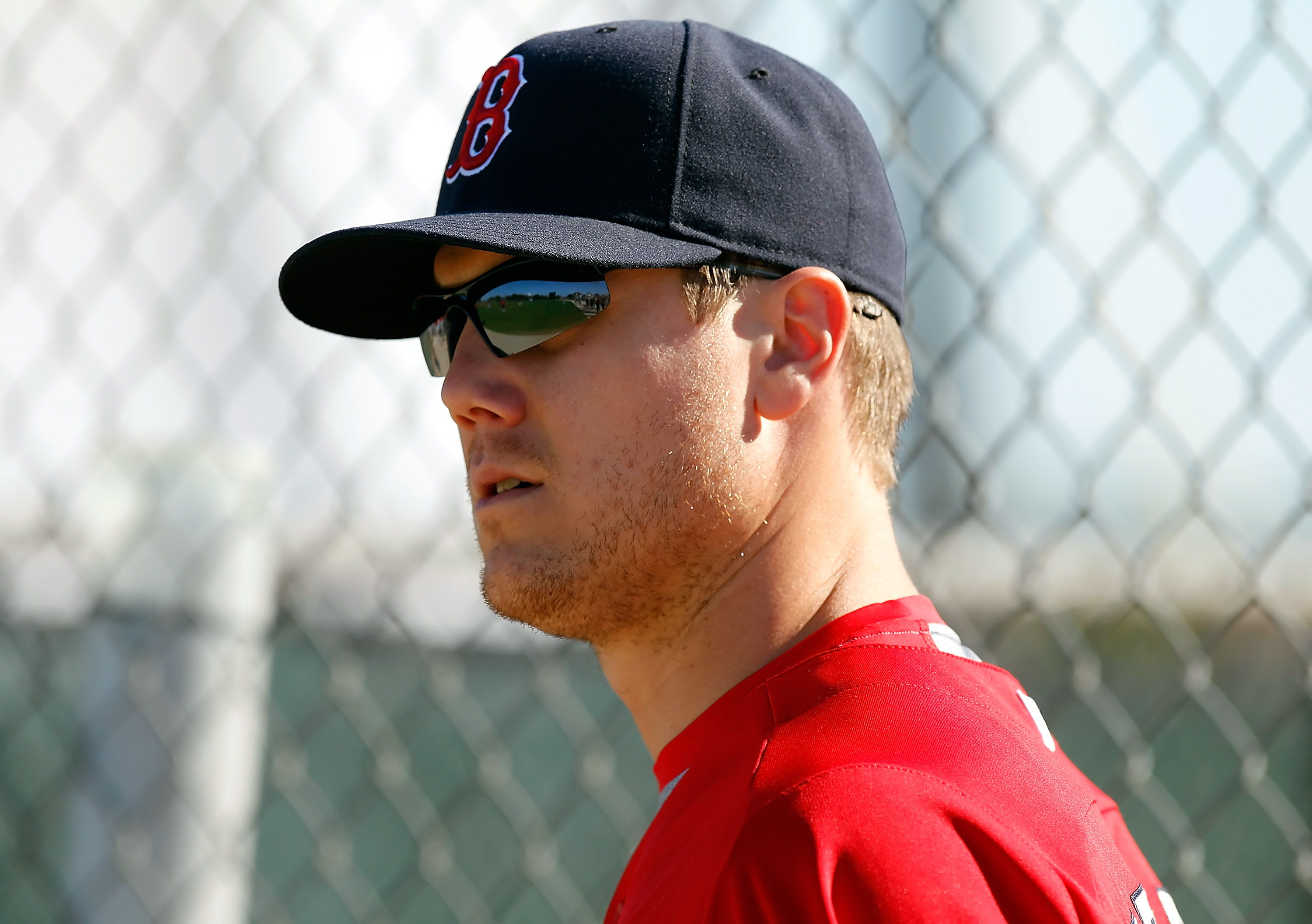 FORT MYERS, FL - FEBRUARY 19:  Pitcher Jonathan Papelbon #58 of the Boston Red Sox warms up during a Spring Training Workout Session at the Red Sox Player Development Complex on February 19, 2011 in Fort Myers, Florida.  (Photo by J. Meric/Getty Images)