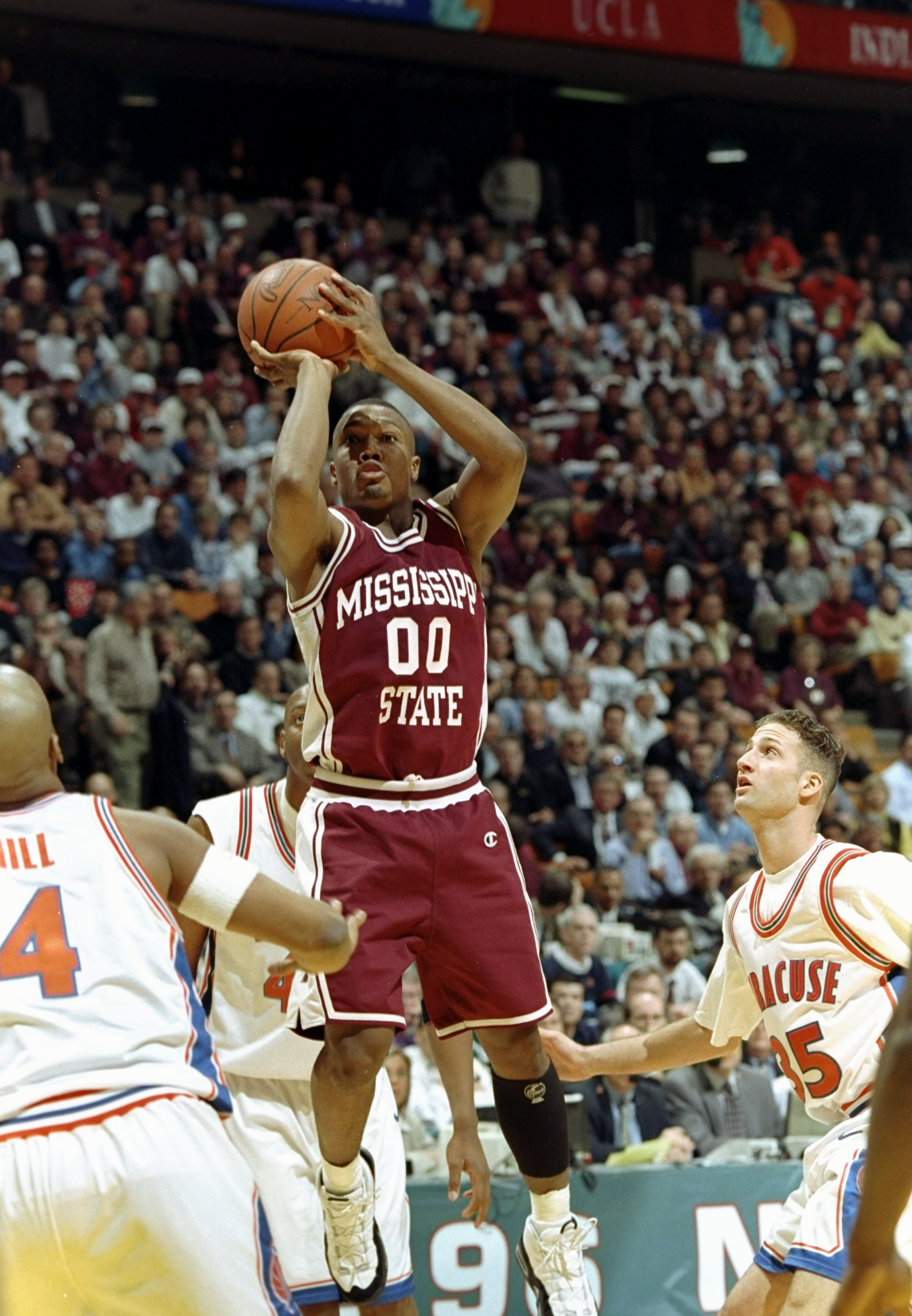 30 Mar 1996:  Guard Darryl Wilson of the Mississippi State Bulldogs shoots the ball during a playoff game against the Syracuse Orangemen at the Meadowlands in East Rutherford, New Jersey.  Syracuse won the game 77-69. Mandatory Credit: Doug Pensinger  /Al