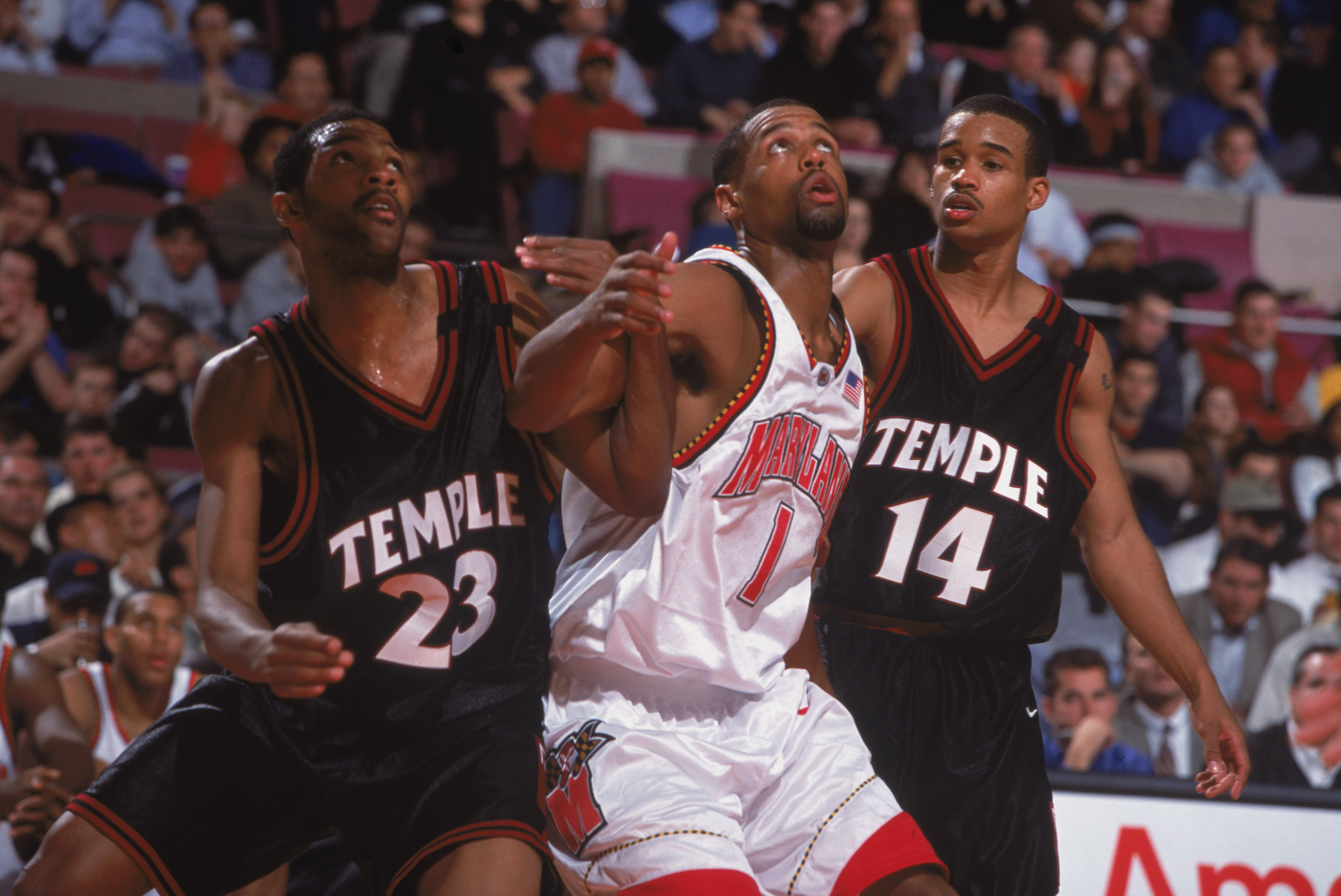 9 Nov 2001:  Byron Mouton # of the Maryland Terrapins gets ready to move for the rebound with Alex Wesby #3 of the Temple Owls during the IKON Classic at Madison Square Garden in New York, New York. The Terrapins defeated the Owls 82-74.Mandatory Credit: