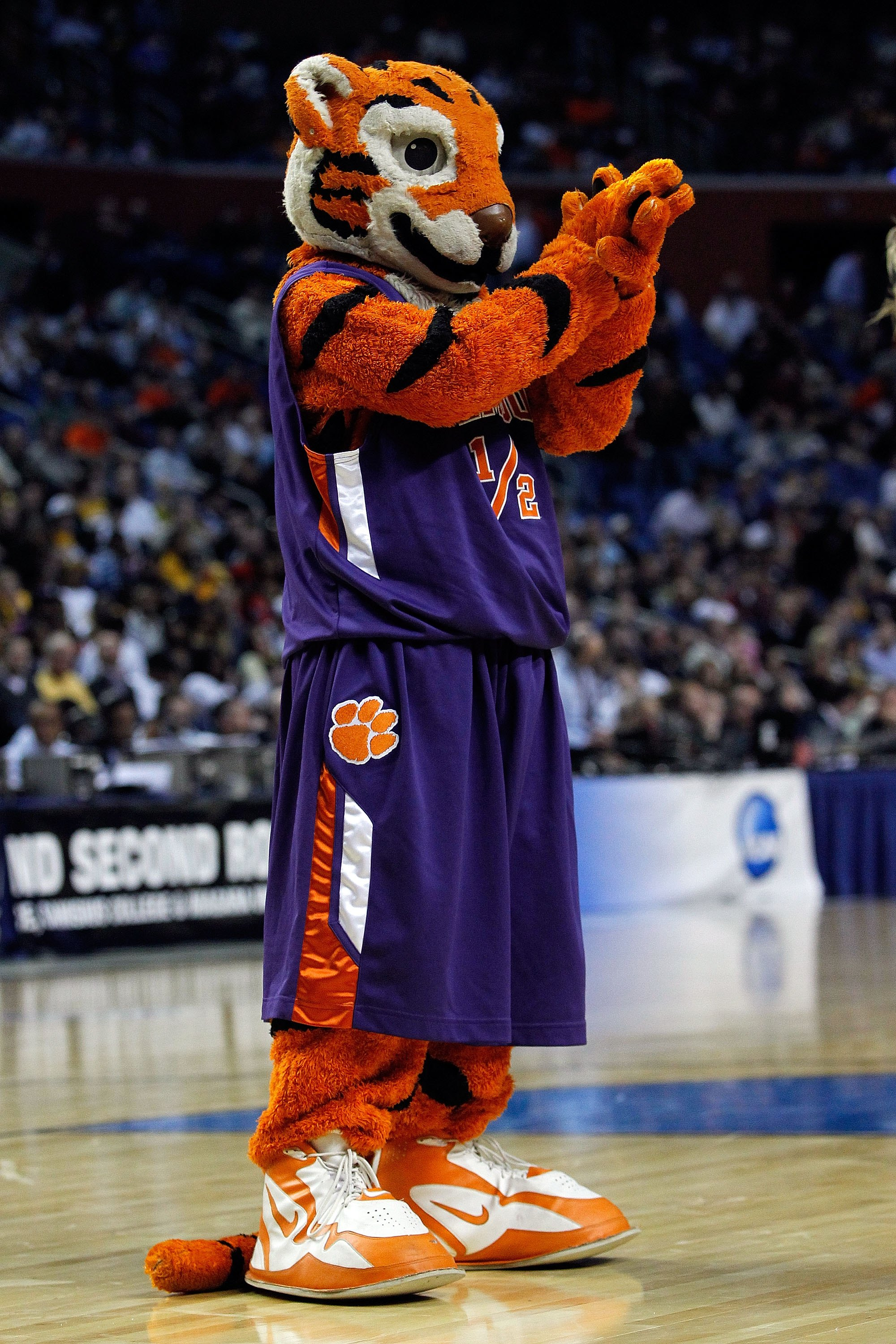 BUFFALO, NY - MARCH 19:  The Clemson Tigers mascot performs  during the first round of the 2010 NCAA men's basketball tournament at HSBC Arena on March 19, 2010 in Buffalo, New York.  (Photo by Michael Heiman/Getty Images)