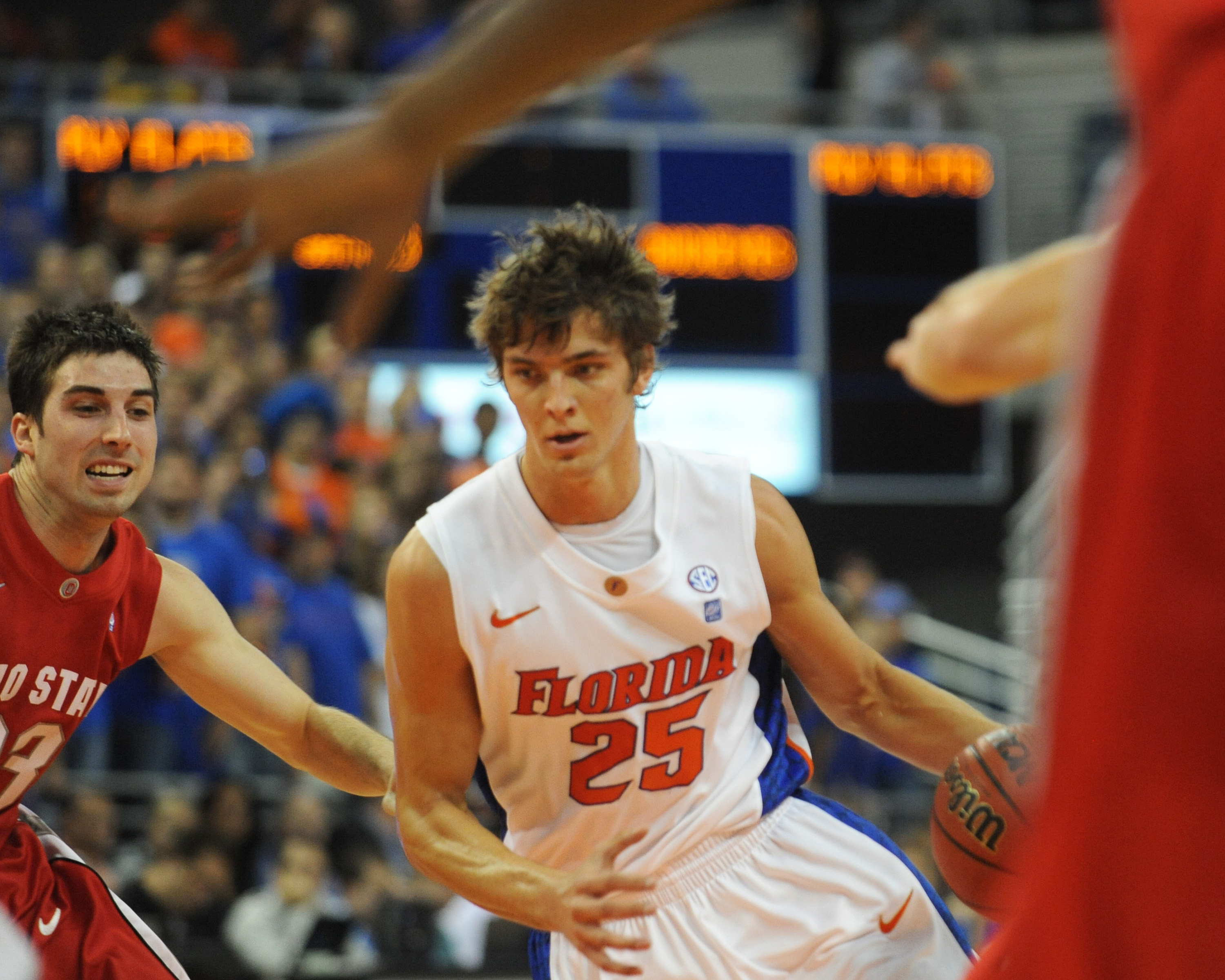 GAINESVILLE, FL - NOVEMBER 16: Forward Chandler Parsons #25  of the Florida Gators drives upcourt against the Ohio State Buckeyes November 16, 2010 at the Stephen C. O'Connell Center in Gainesville, Florida.  (Photo by Al Messerschmidt/Getty Images)