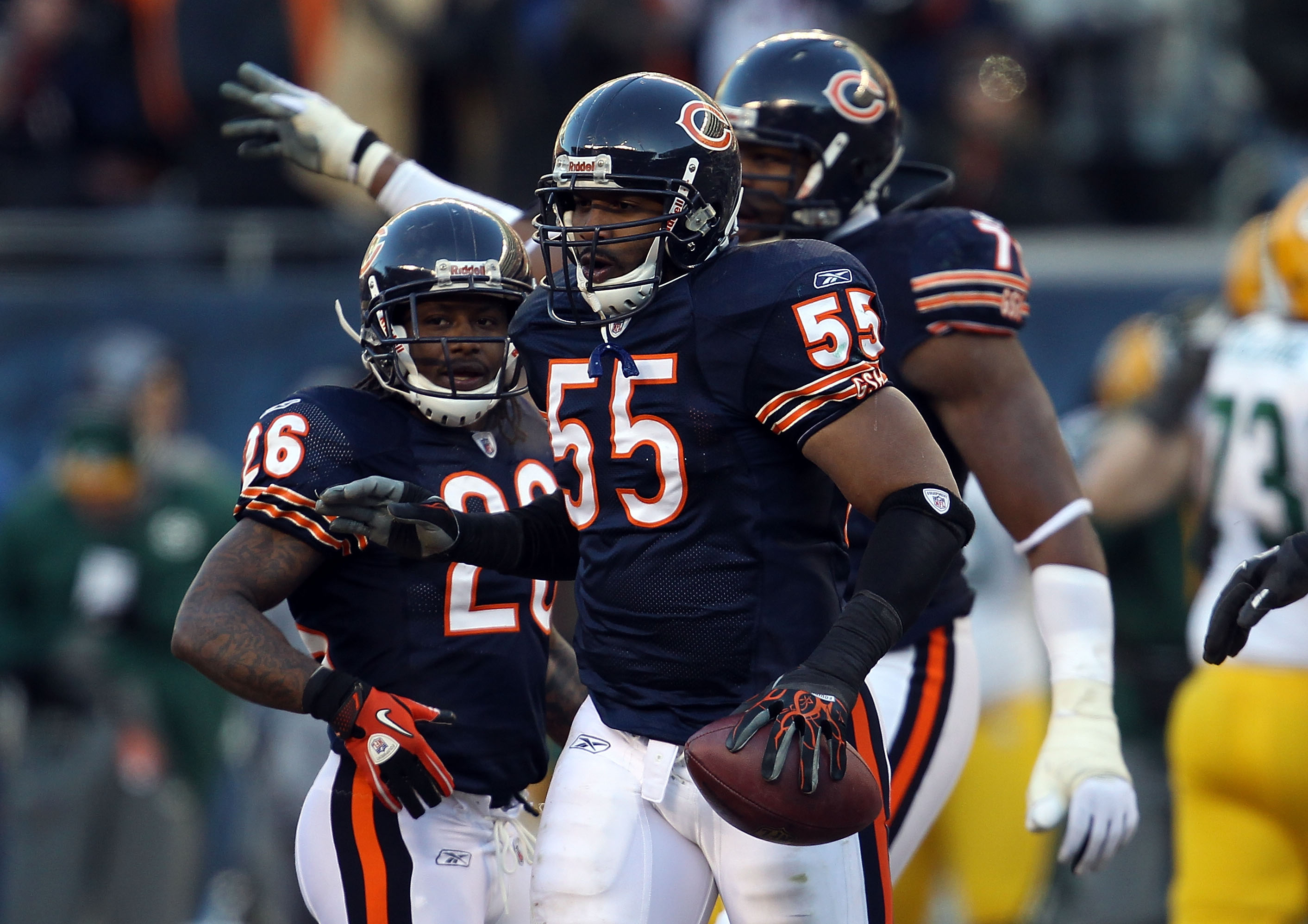 CHICAGO, IL - JANUARY 23:  Linebacker Lance Briggs #55 of the Chicago Bears reacts after an interception late in the second quarter against the Green Bay Packers in the NFC Championship Game at Soldier Field on January 23, 2011 in Chicago, Illinois.  (Pho