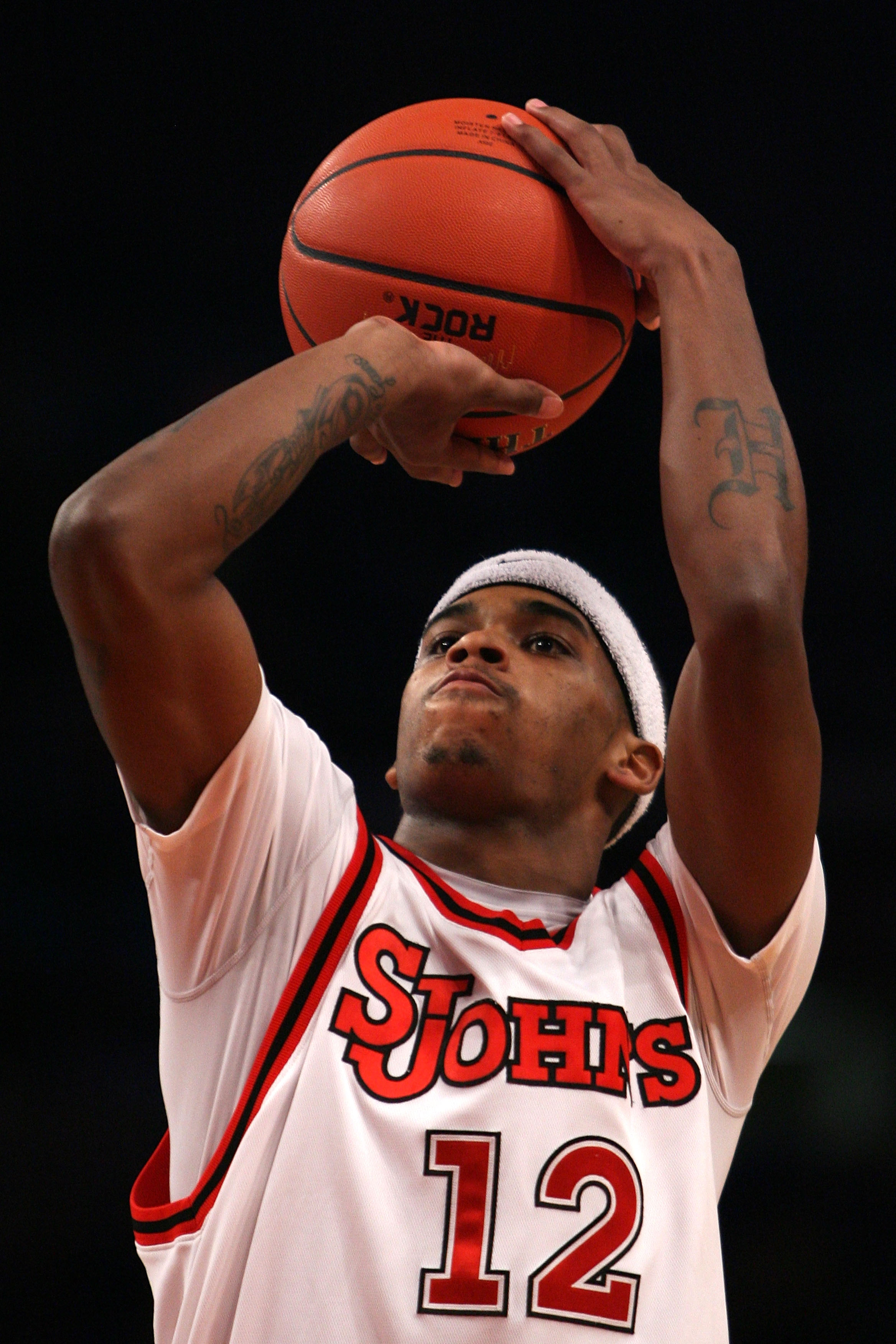 NEW YORK - DECEMBER 09: Dwight Hardy #12 of the St. John's Red Storm shoots a free throw against the Georgia Bulldogs during the SEC Big East Invitational at Madison Square Garden on December 9, 2009 in New York, New York. The Red Storm defeated the Bulld