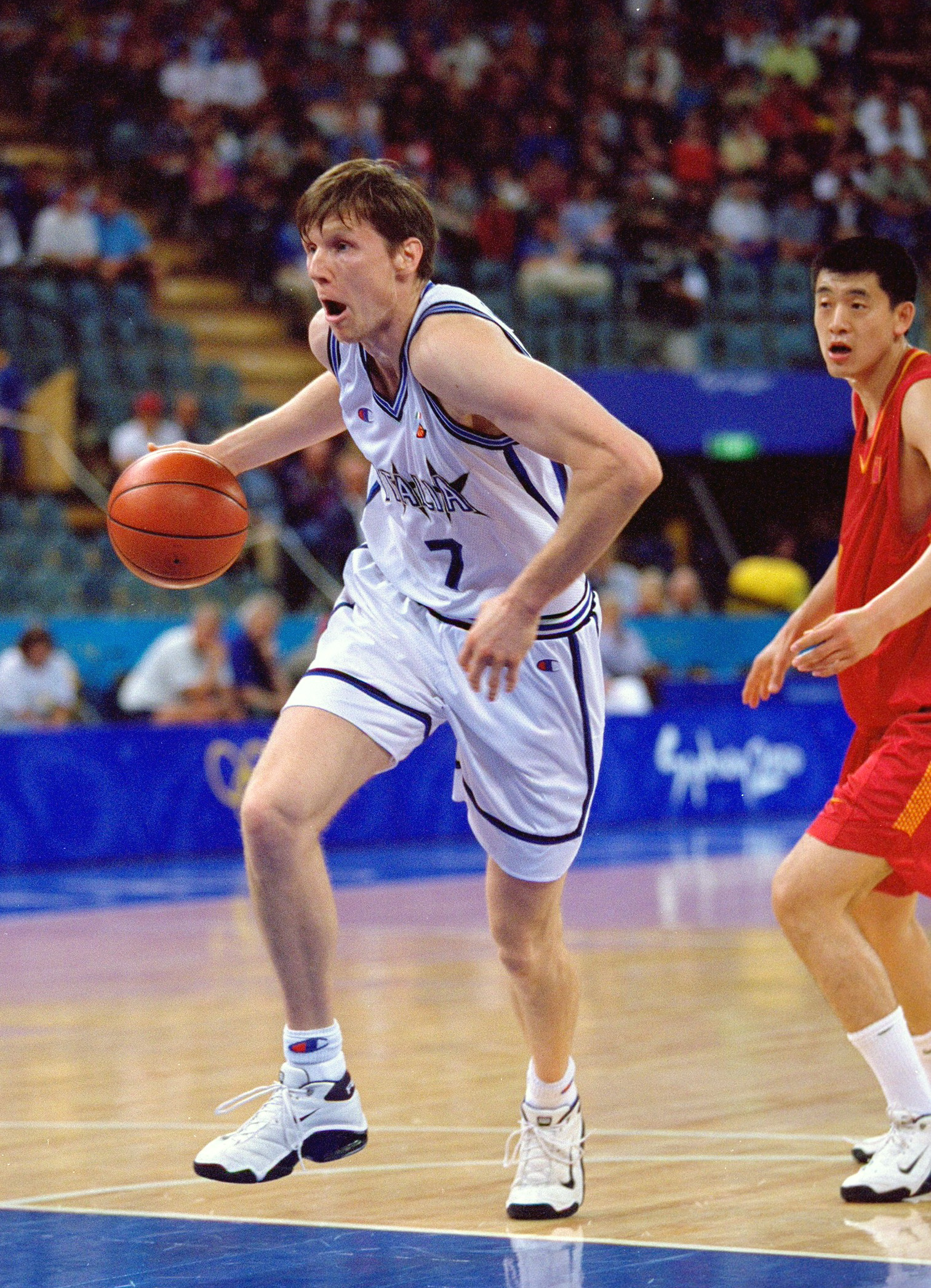 25 Sep 2000:  Gregor Fucka of Italy in action during the Mens Basketball at the Sydney Showground Dome on Day Ten of the Sydney 2000 Olympic Games in Sydney, Australia. \ Mandatory Credit: Darren McNamara /Allsport