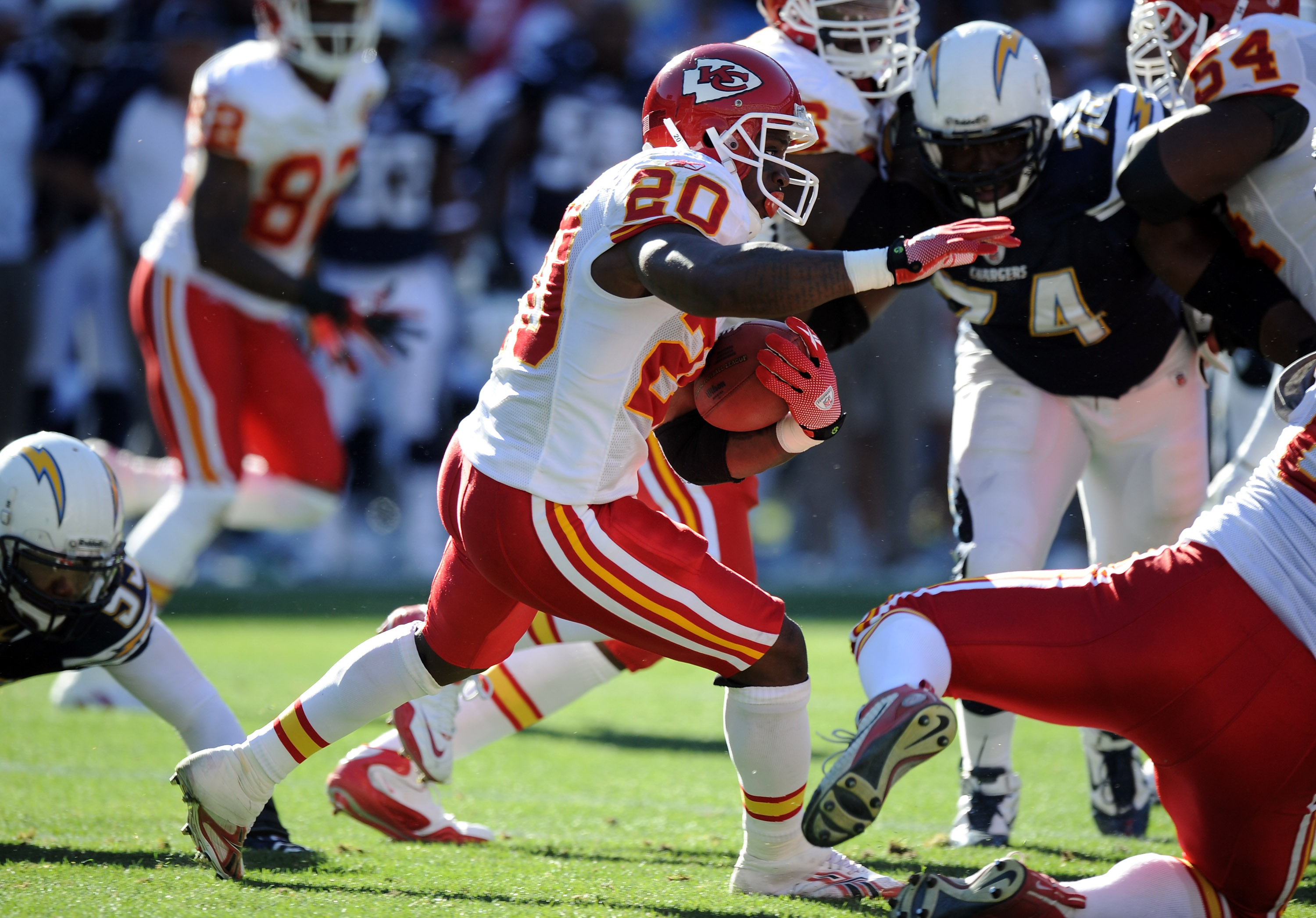 SAN DIEGO, CA - DECEMBER 12:  Thomas Jones #20 of the Kansas City Chiefs carries the ball against the San Diego Chargers at Qualcomm Stadium on December 12, 2010 in San Diego, California.  (Photo by Harry How/Getty Images)